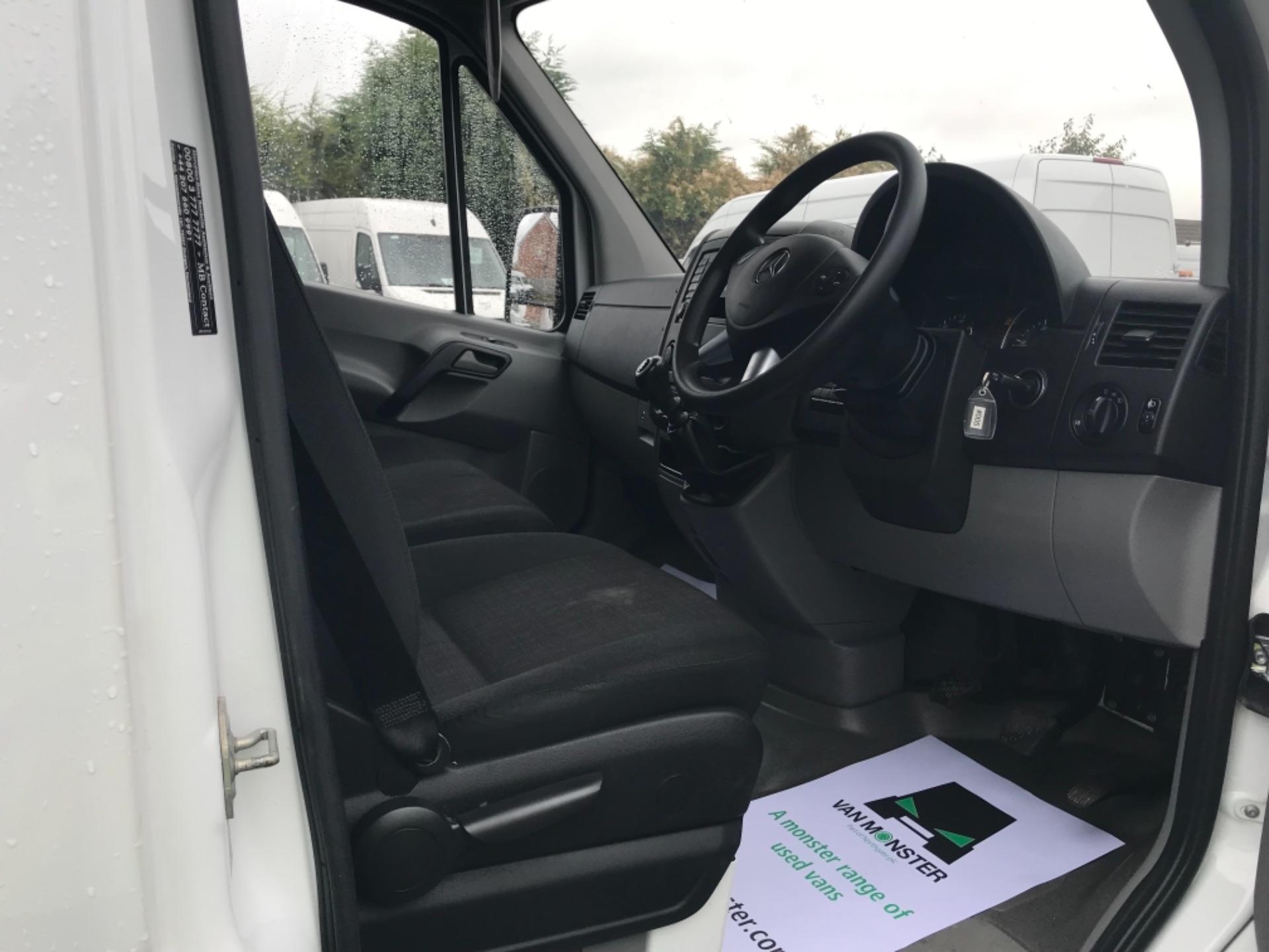 2017 Mercedes-Benz Sprinter  314 LWB H/R VAN EURO 6 (KW17HZA) Image 4
