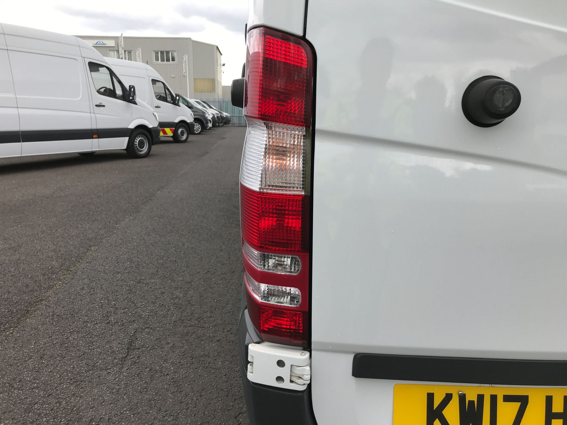 2017 Mercedes-Benz Sprinter 314CDI MWB HIGH ROOF 140PS EURO 6 (KW17HZX) Image 25