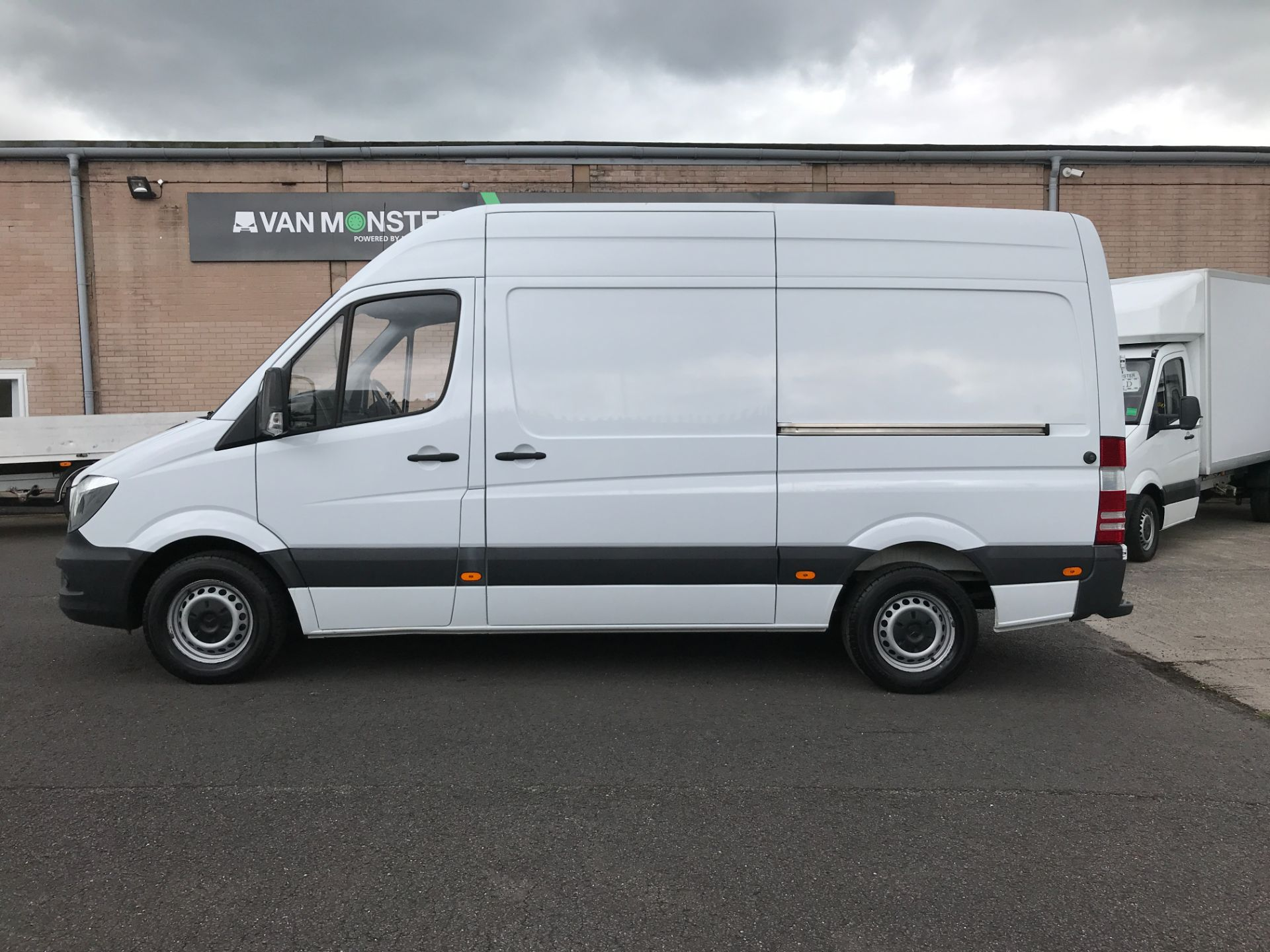 2017 Mercedes-Benz Sprinter 314CDI MWB HIGH ROOF 140PS EURO 6 (KW17HZX) Image 6