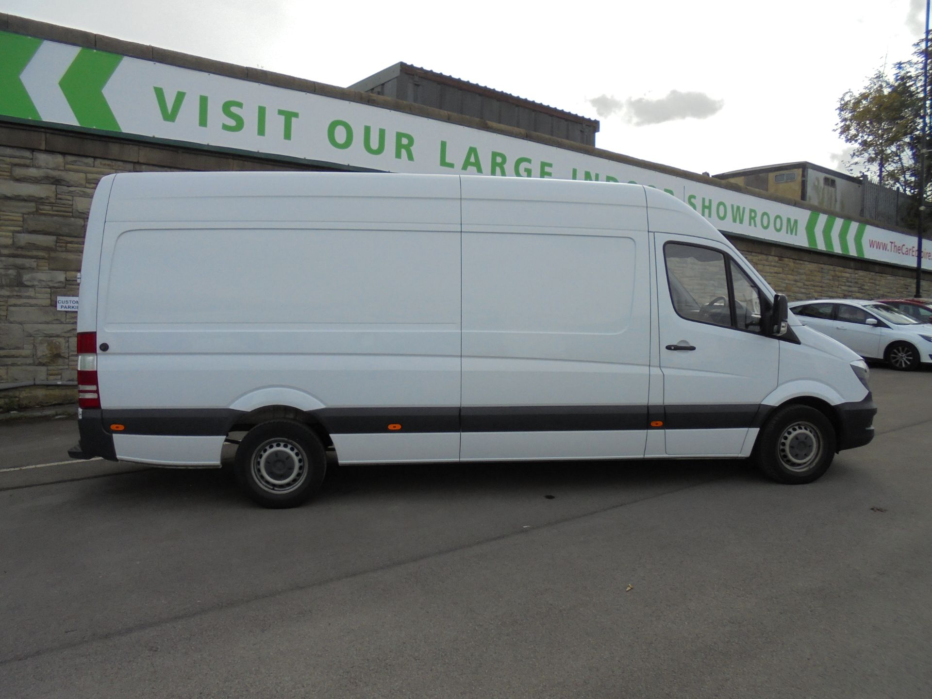 2017 Mercedes-Benz Sprinter 3.5T High Roof Van LWB (KW17JCO) Image 8