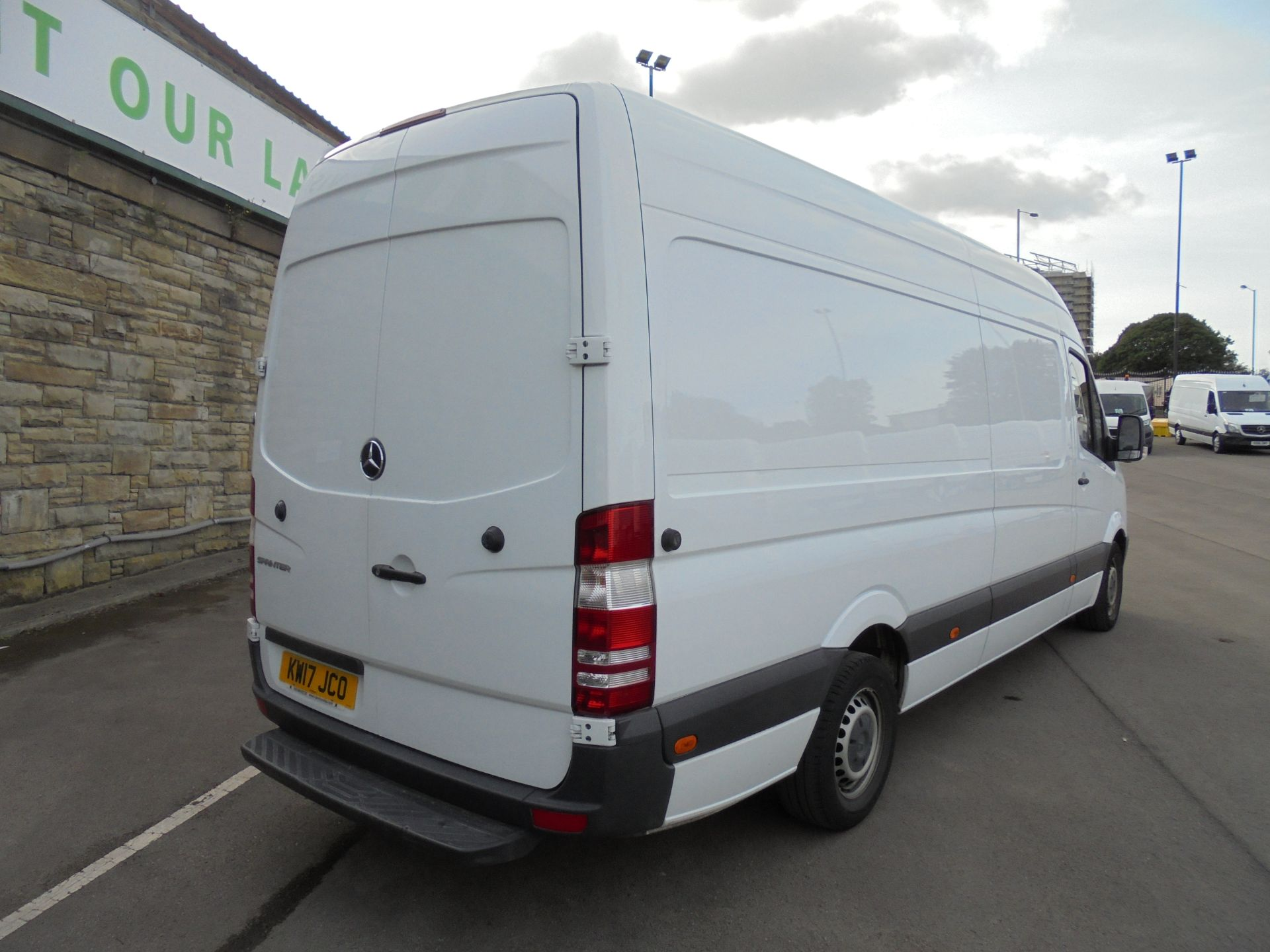 2017 Mercedes-Benz Sprinter 3.5T High Roof Van LWB (KW17JCO) Image 7