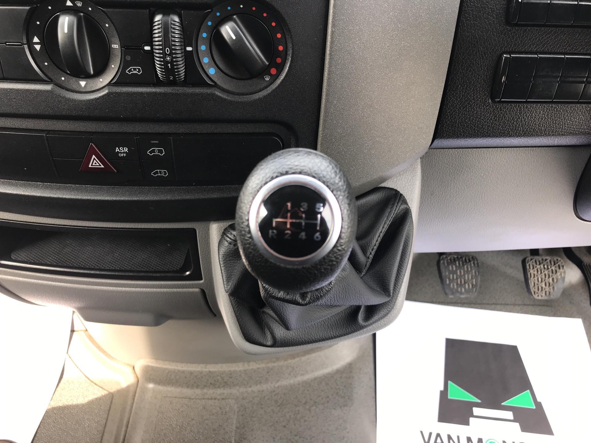 2017 Mercedes-Benz Sprinter  314 LWB H/R VAN EURO 6 (KW17JHL) Image 11