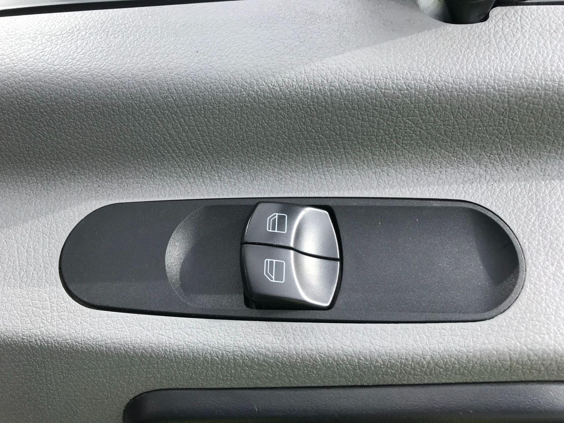 2017 Mercedes-Benz Sprinter  314 LWB H/R VAN EURO 6 (KW17JHX) Image 18