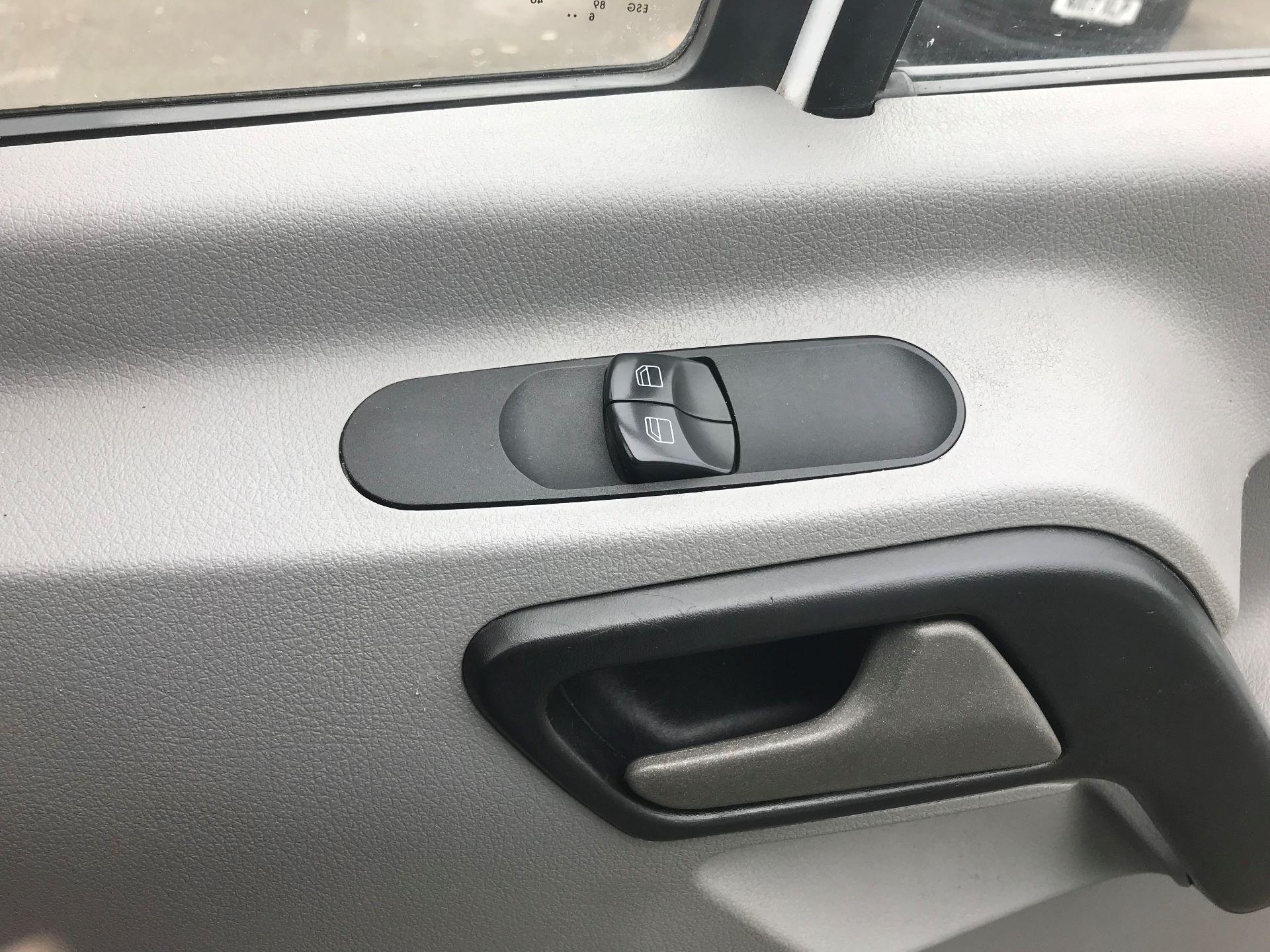 2017 Mercedes-Benz Sprinter  314 LWB H/R VAN EURO 6 (KW17JHZ) Image 29