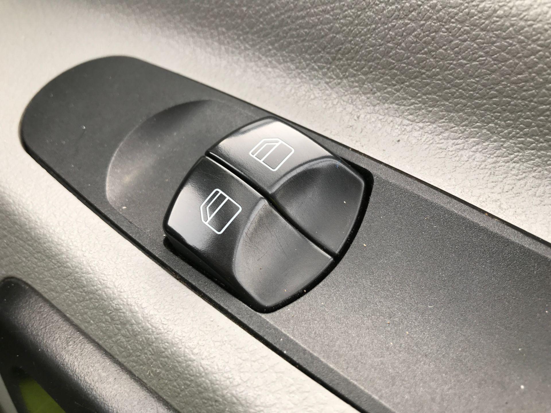 2017 Mercedes-Benz Sprinter 314CDI MWB HIGH ROOF 140PS EURO 6 (KW17JLV) Image 23