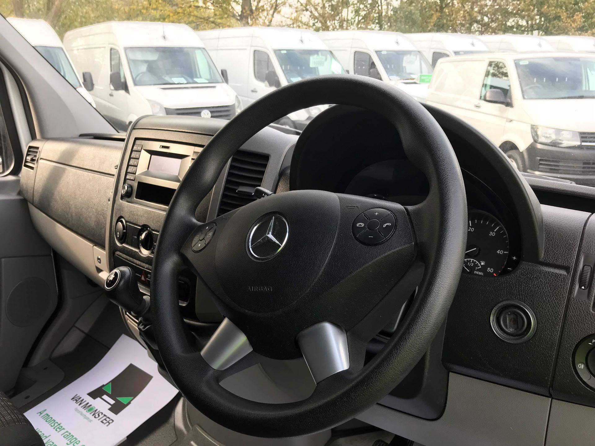 2018 Mercedes-Benz Sprinter 314 MWB H/R VAN EURO 6 (KW18LDV) Image 18