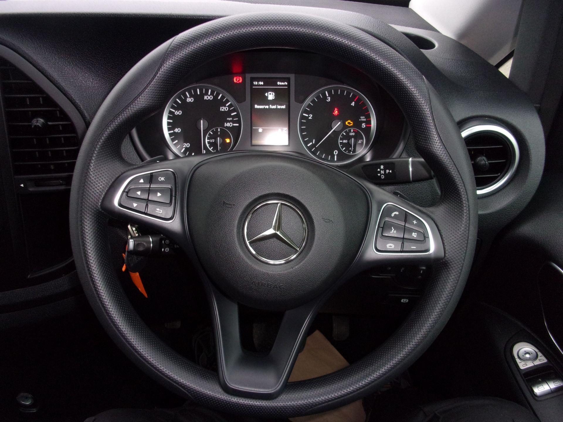 2018 Mercedes-Benz Vito 119 CDI BLUETEC TOURER SELECT AUTO 8 SEAT EURO 6 (KW18SXC) Image 5