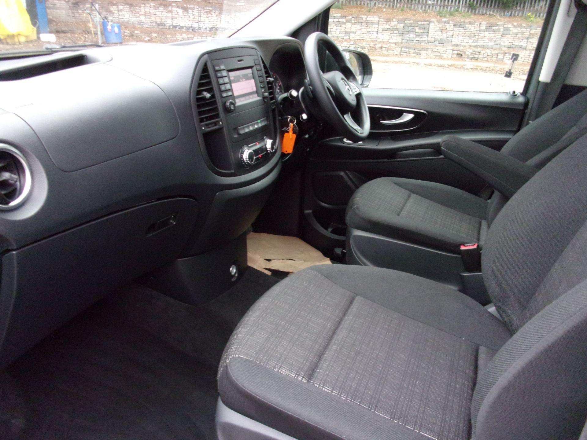 2018 Mercedes-Benz Vito 119 CDI BLUETEC TOURER SELECT AUTO 8 SEAT EURO 6 (KW18SXC) Image 15