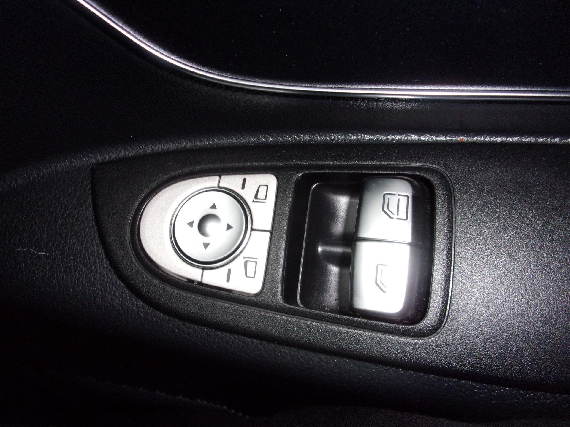 2018 Mercedes-Benz Vito 119 CDI BLUETEC TOURER SELECT AUTO 8 SEAT EURO 6 (KW18SXC) Image 8