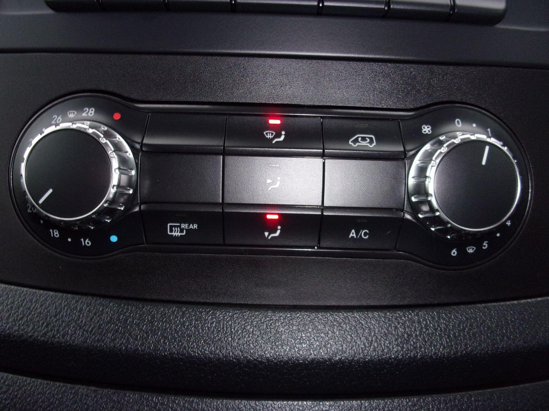 2018 Mercedes-Benz Vito 119 CDI BLUETEC TOURER SELECT AUTO 8 SEAT EURO 6 (KW18SXC) Image 9