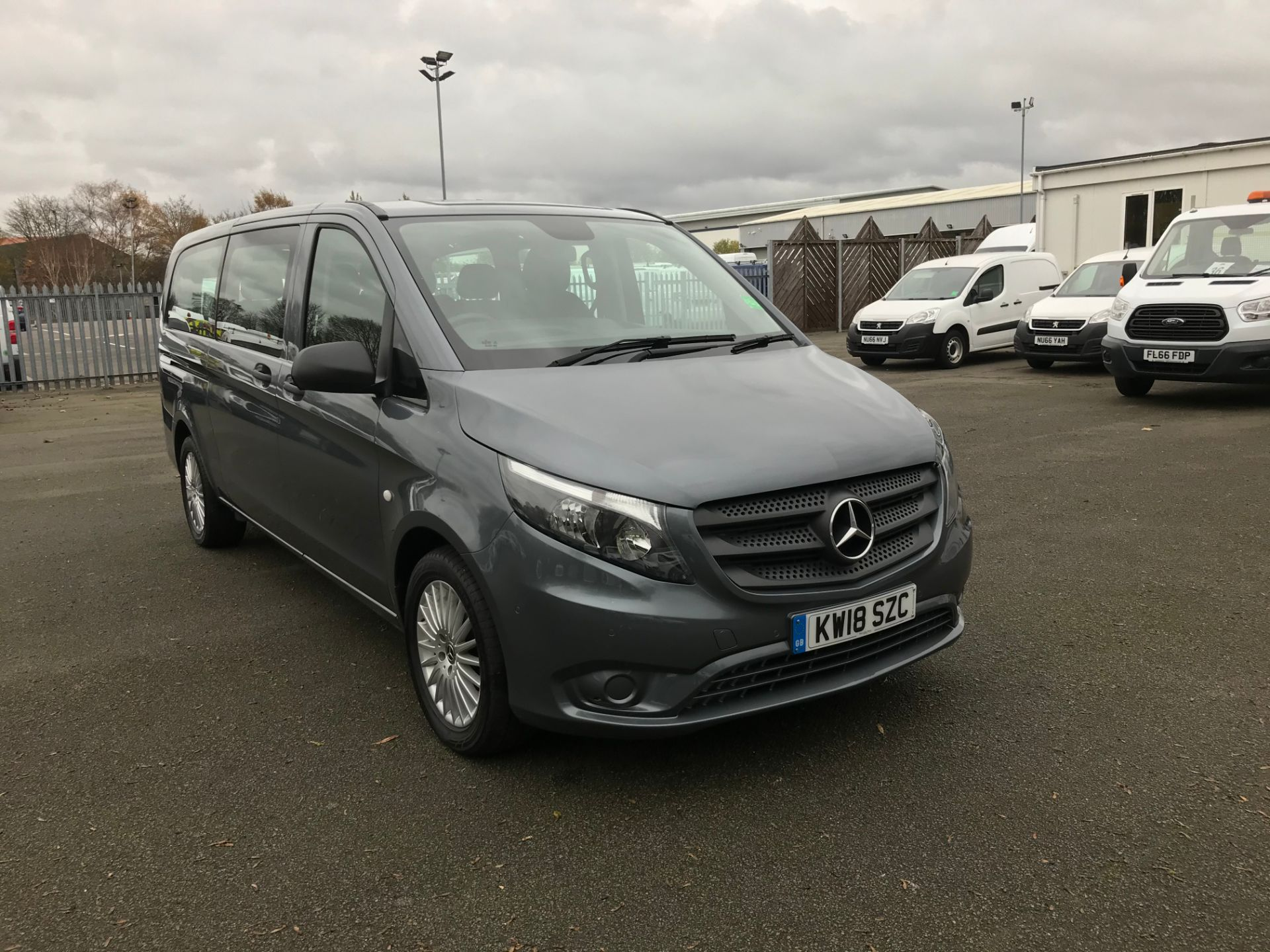 2018 Mercedes-Benz Vito 119 BLUETECH TOURER SELECT A 8 SEATER 190PS (KW18SZC)