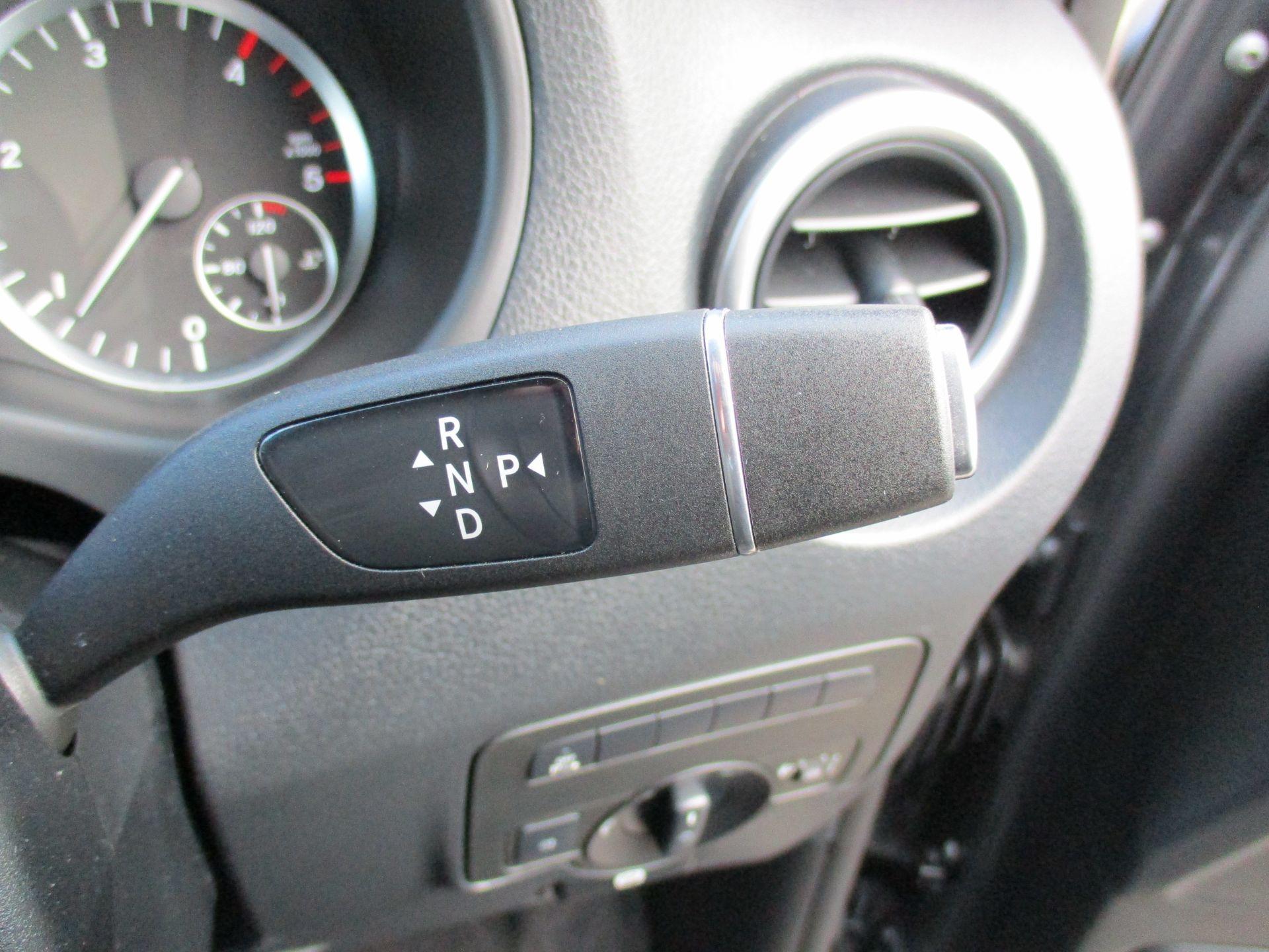 2018 Mercedes-Benz Vito 119 Bluetec Tourer Select (KW18SZO) Image 16