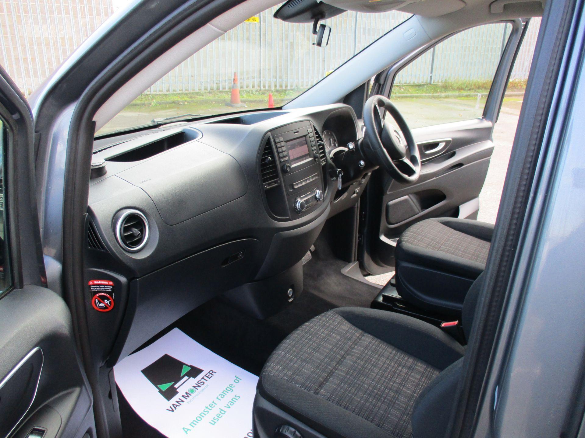 2018 Mercedes-Benz Vito 119 Bluetec Tourer Select (KW18SZO) Image 17