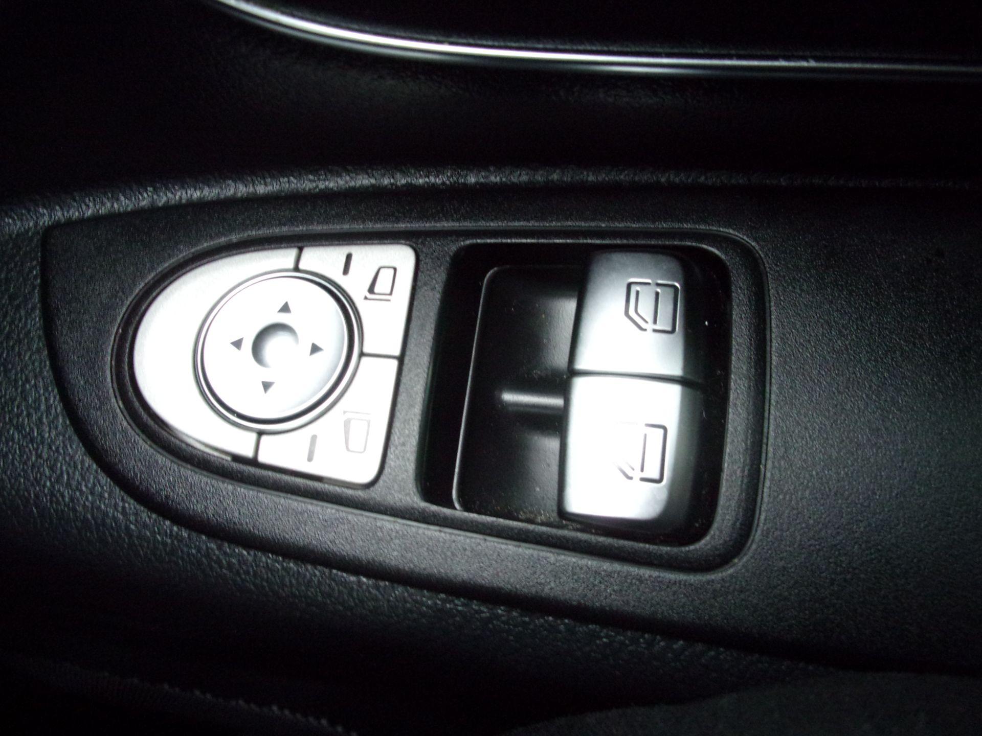 2018 Mercedes-Benz Vito 119 CDI BLUETEC TOURER SELECT AUTO 8 SEAT EURO 6 (KW18SZP) Image 9