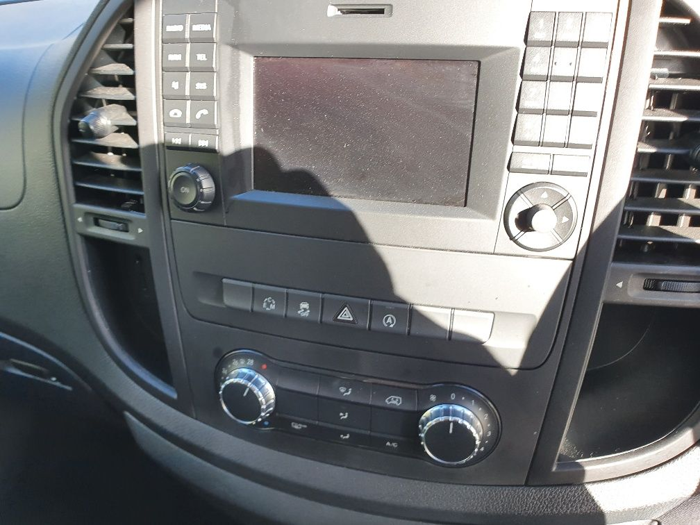 2018 Mercedes-Benz Vito 119 Bluetec Tourer Select (KW18TBY) Image 6