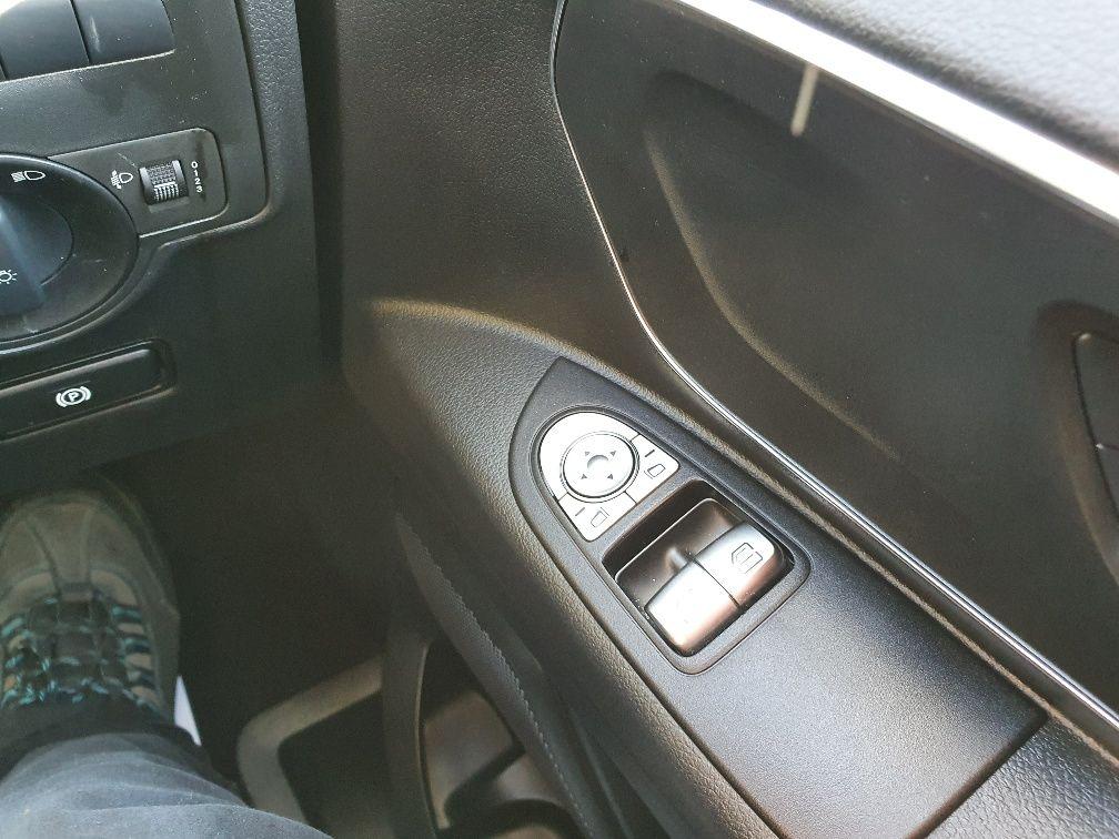 2018 Mercedes-Benz Vito 119 Bluetec Tourer Select (KW18TBY) Image 20