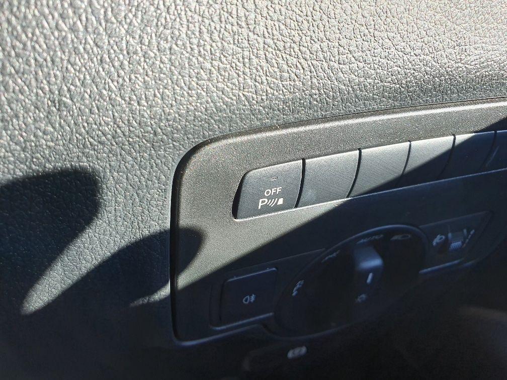 2018 Mercedes-Benz Vito 119 Bluetec Tourer Select (KW18TBY) Image 27