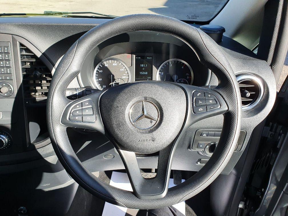2018 Mercedes-Benz Vito 119 Bluetec Tourer Select (KW18TBY) Image 9