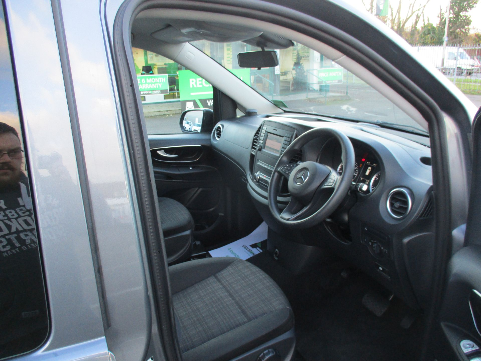 2018 Mercedes-Benz Vito 119 Cdi Select 8-Seater 7G-Tronic (KW18TJZ) Image 12