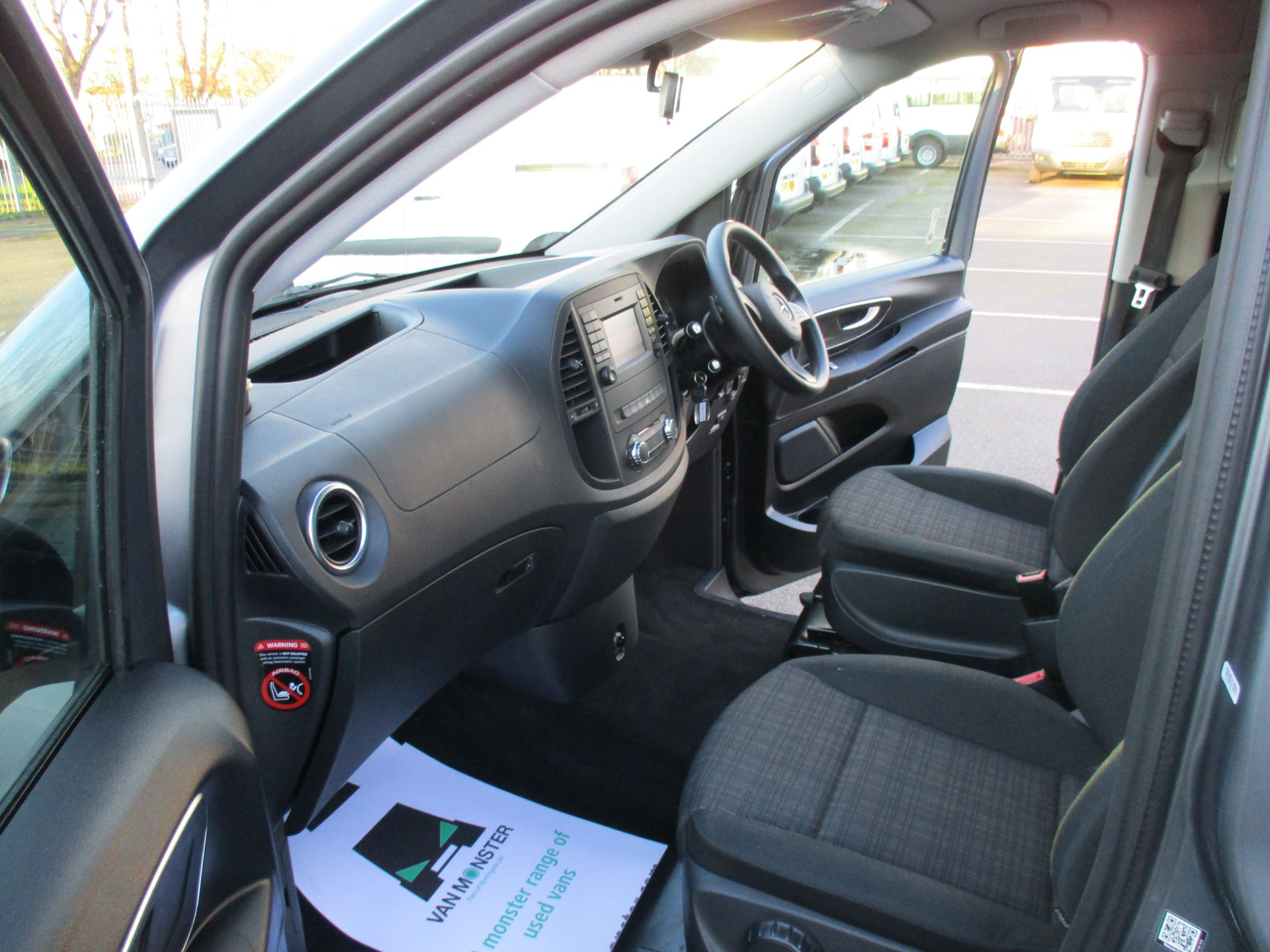 2018 Mercedes-Benz Vito 119 Cdi Select 8-Seater 7G-Tronic (KW18TJZ) Image 17