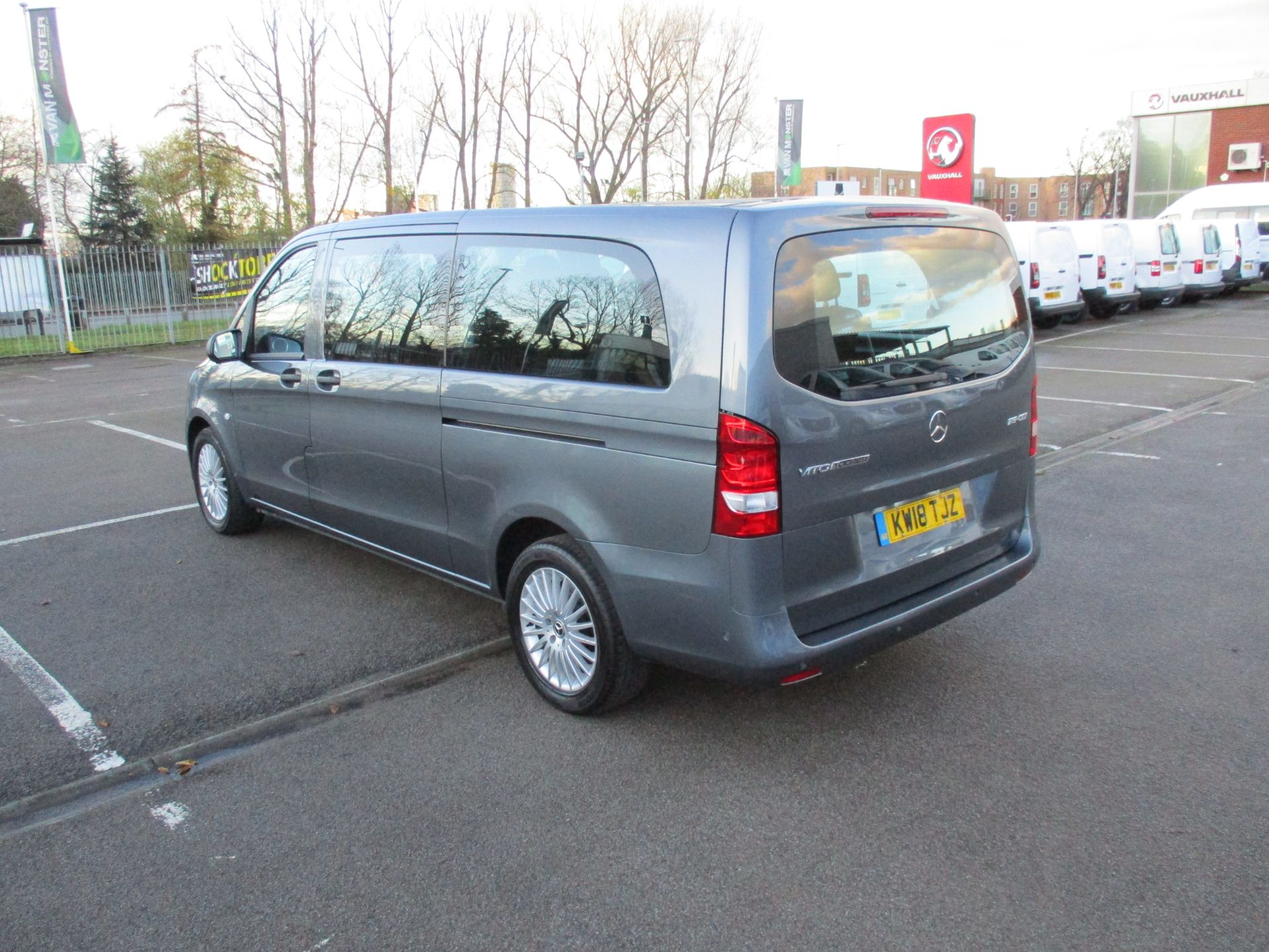 2018 Mercedes-Benz Vito 119 Cdi Select 8-Seater 7G-Tronic (KW18TJZ) Image 7
