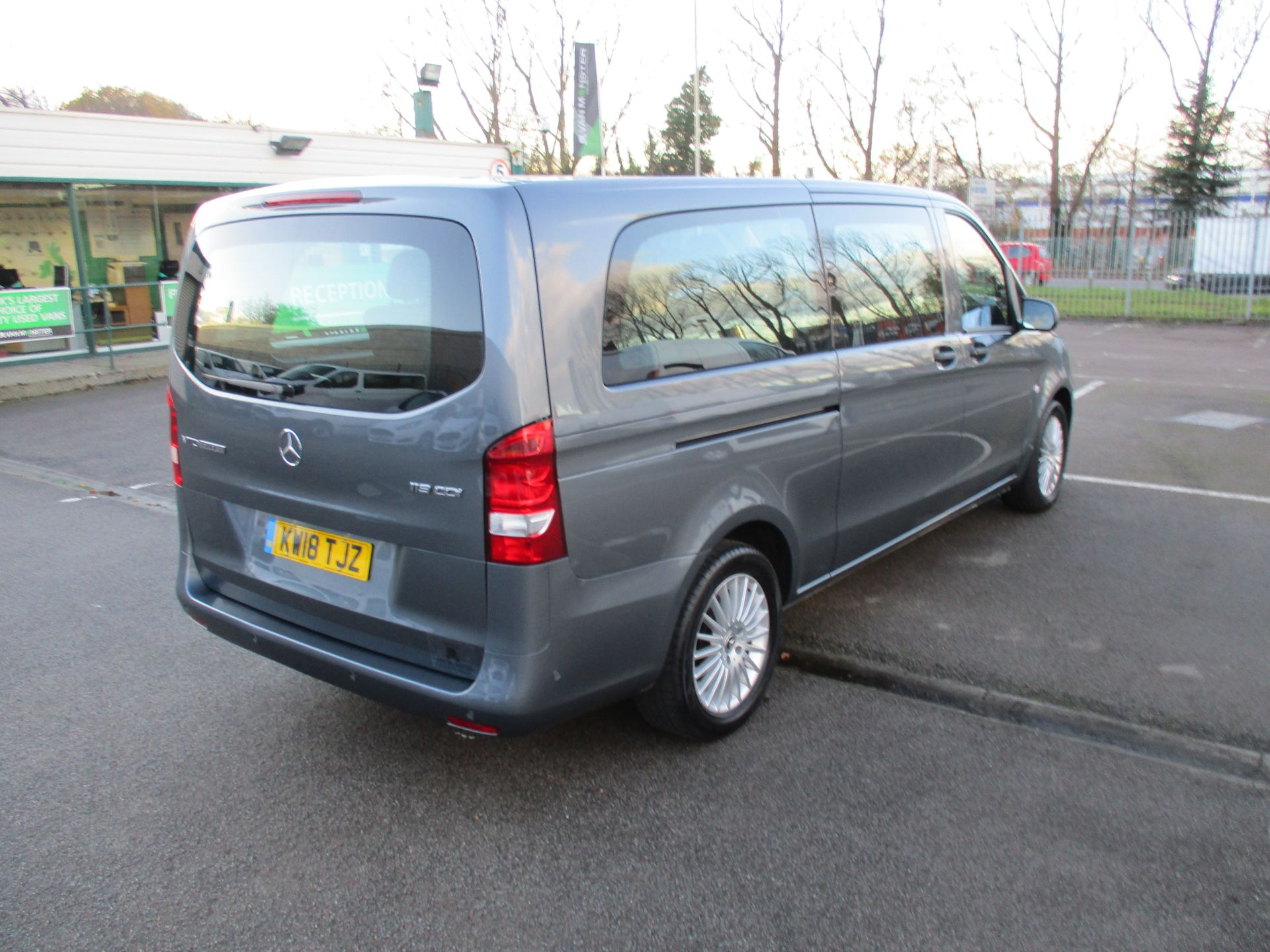 2018 Mercedes-Benz Vito 119 Cdi Select 8-Seater 7G-Tronic (KW18TJZ) Image 4