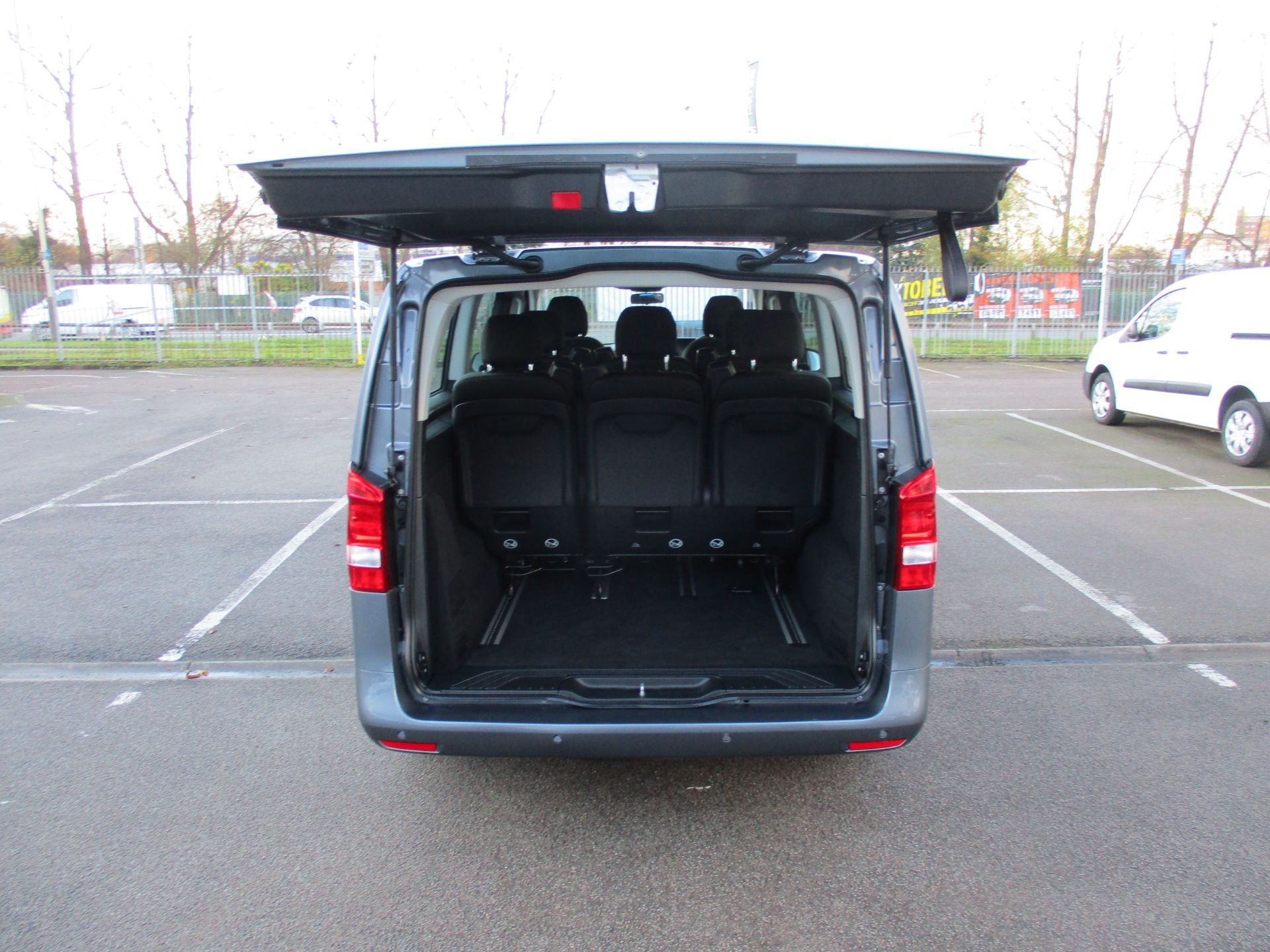 2018 Mercedes-Benz Vito 119 Cdi Select 8-Seater 7G-Tronic (KW18TJZ) Image 6