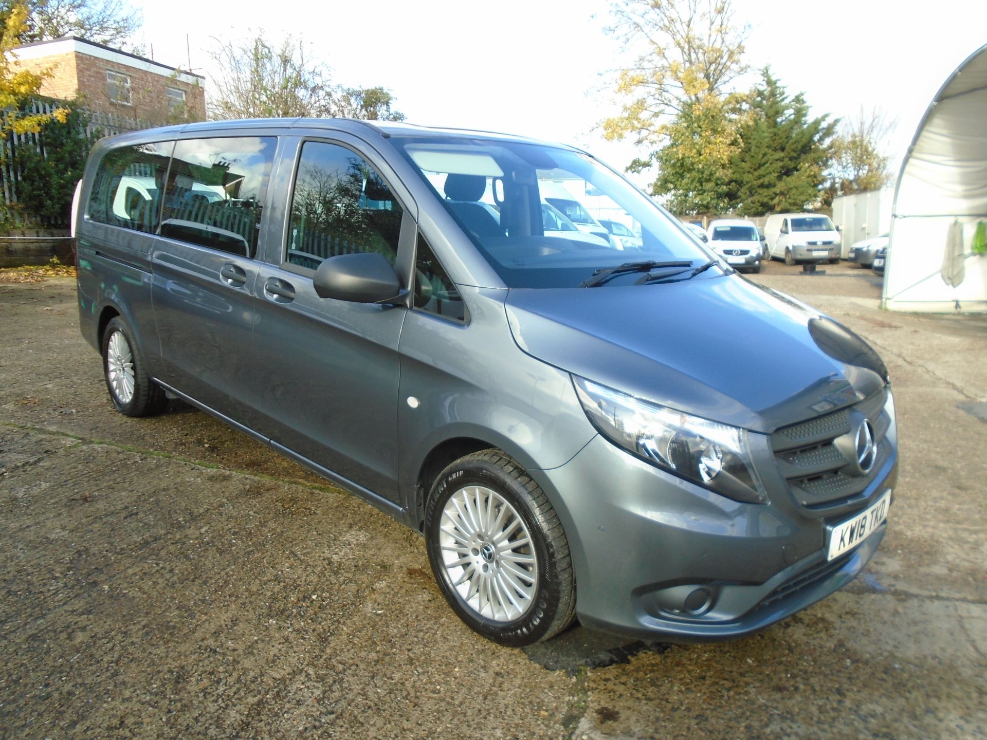 2018 Mercedes-Benz Vito 119 Bluetec Tourer Select EURO 6 (KW18TKD) Image 1