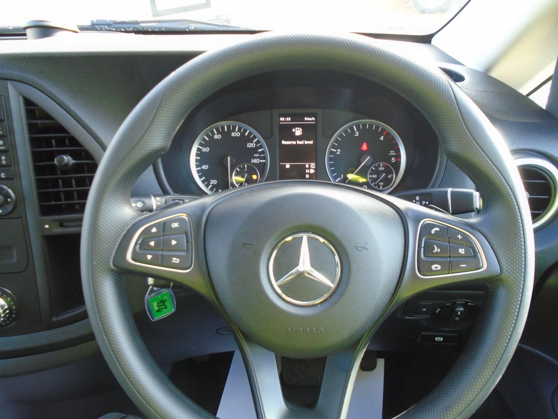 2018 Mercedes-Benz Vito 119 Bluetec Tourer Select EURO 6 (KW18TKU) Image 21