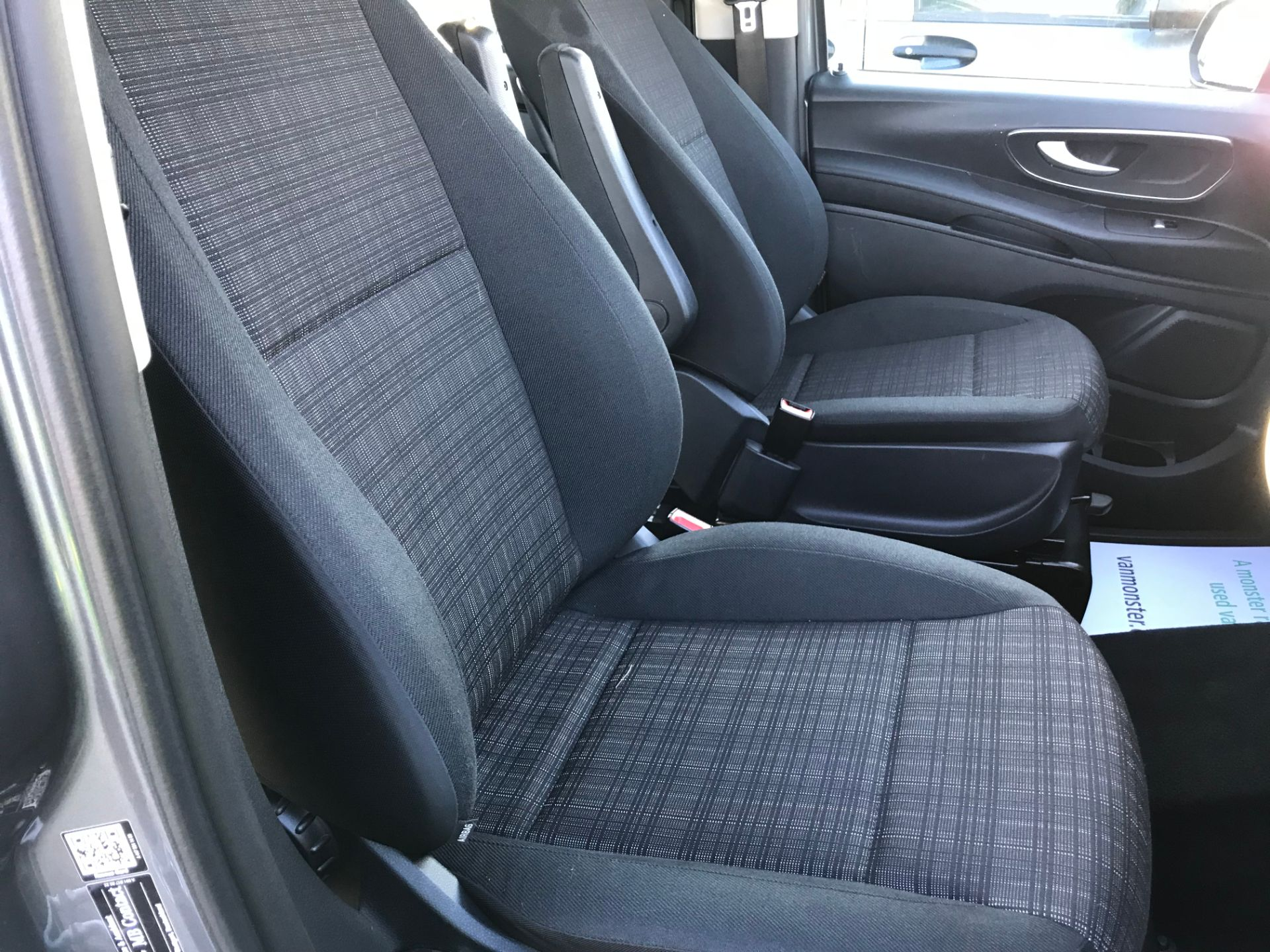 2018 Mercedes-Benz Vito 119 Bluetec Tourer Select (KW18TLX) Image 39