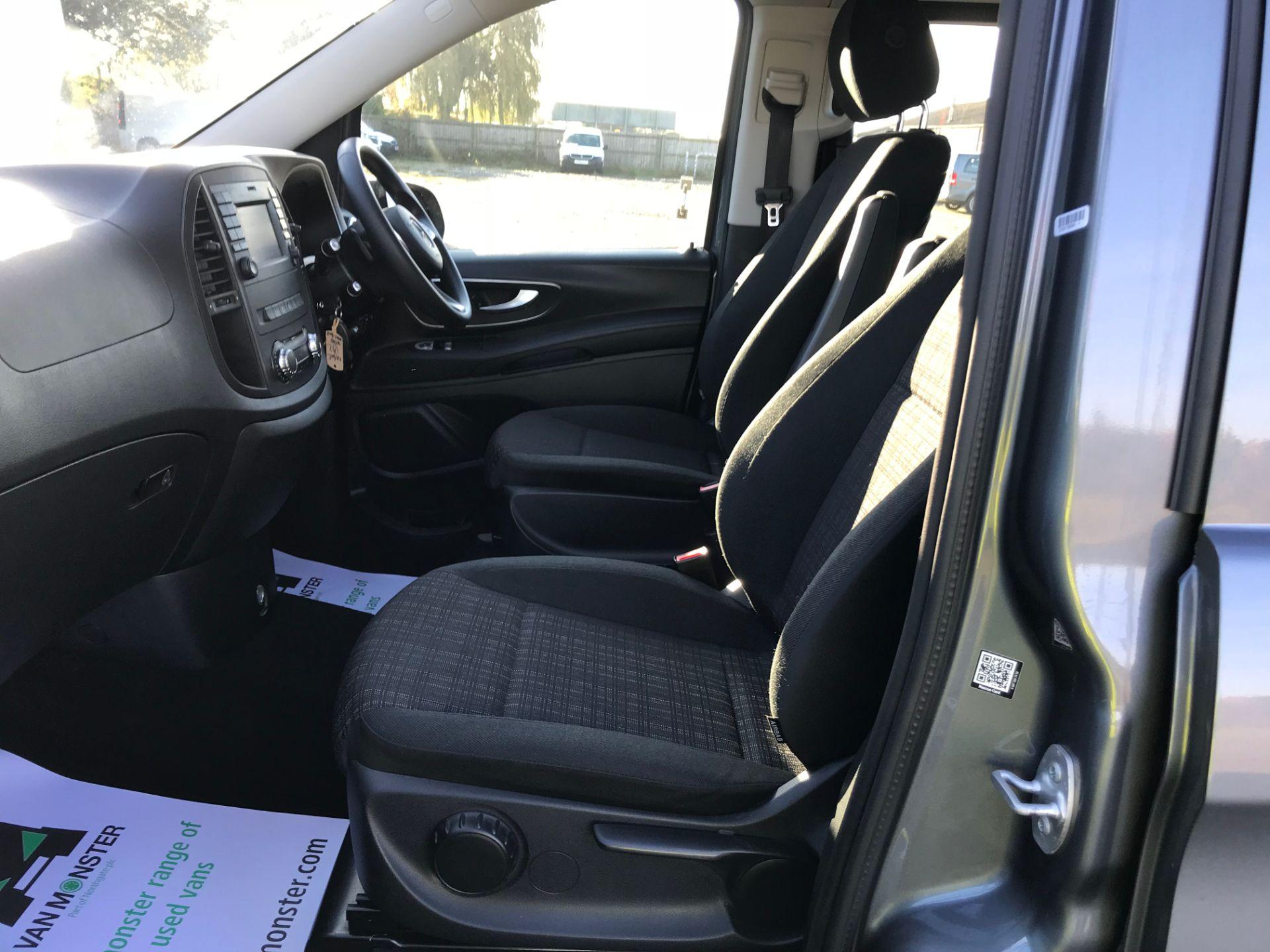 2018 Mercedes-Benz Vito 119 Bluetec Tourer Select (KW18TLX) Image 18