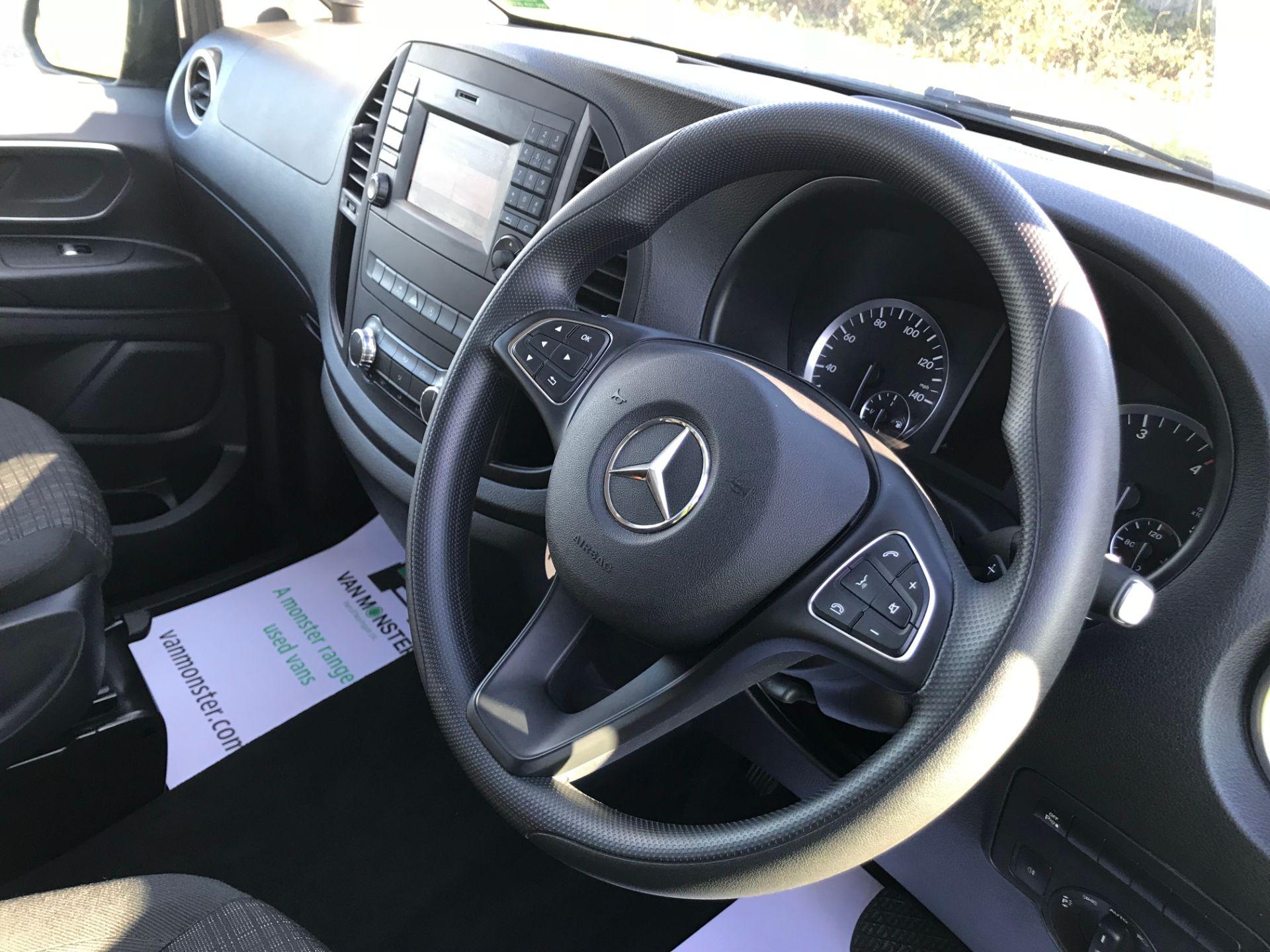 2018 Mercedes-Benz Vito 119 Bluetec Tourer Select (KW18TLX) Image 21