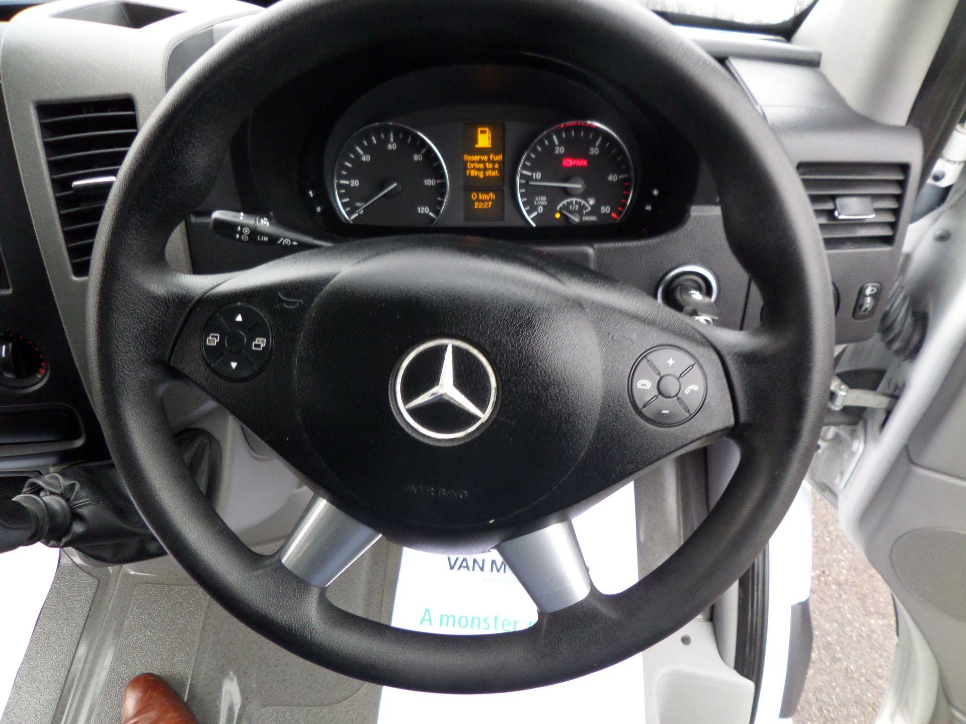 2016 Mercedes-Benz Sprinter 314 LWB Dropside Euro 6 (KW66FHT) Image 13