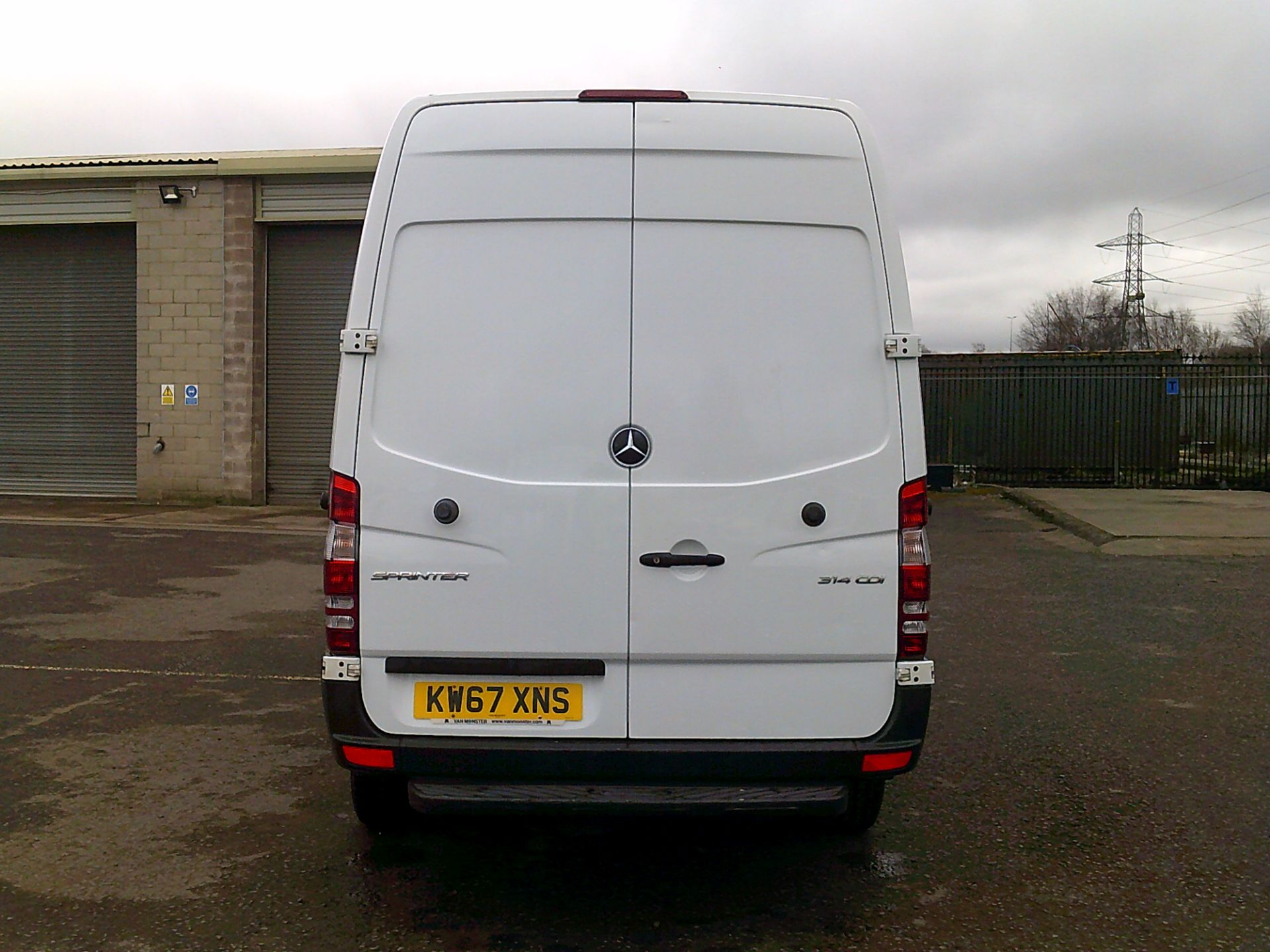 2018 Mercedes-Benz Sprinter 3.5T High Roof Van *SPEED RESTRICTED TO 72 MPH* (KW67XNS) Image 10