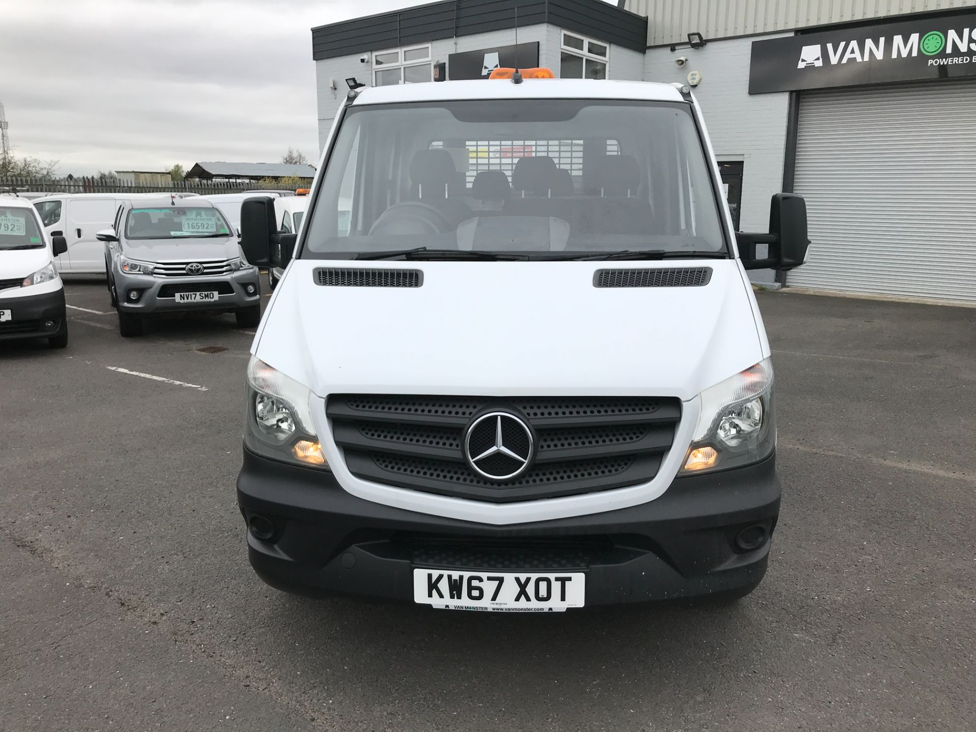 2018 Mercedes-Benz Sprinter 314CDI DOUBLE CAB TIPPER 140PS EURO 6 (KW67XOT) Image 15