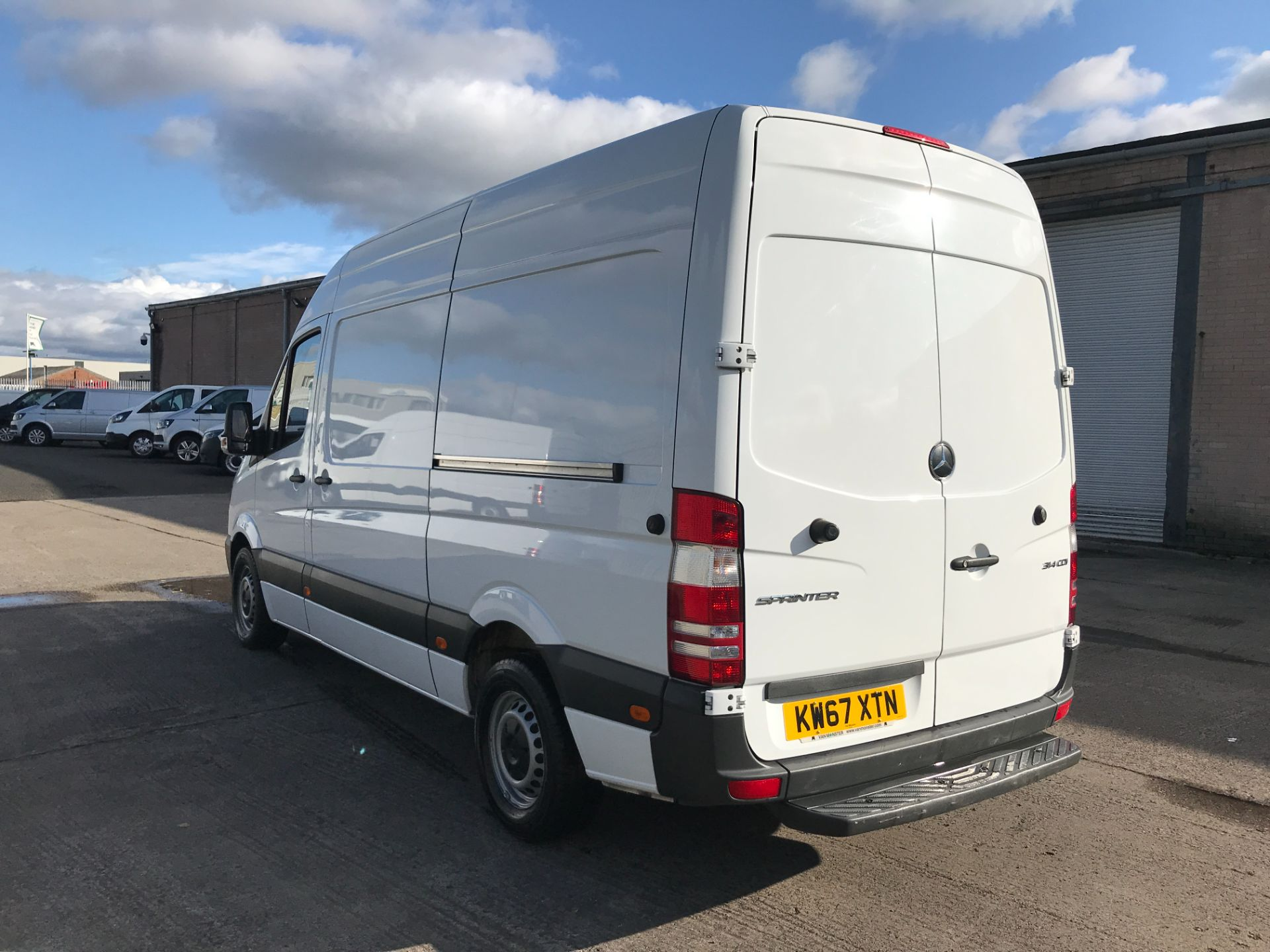 2018 Mercedes-Benz Sprinter 314CDI MWB HIGH ROOF 140PS EURO 6 (KW67XTN) Image 10