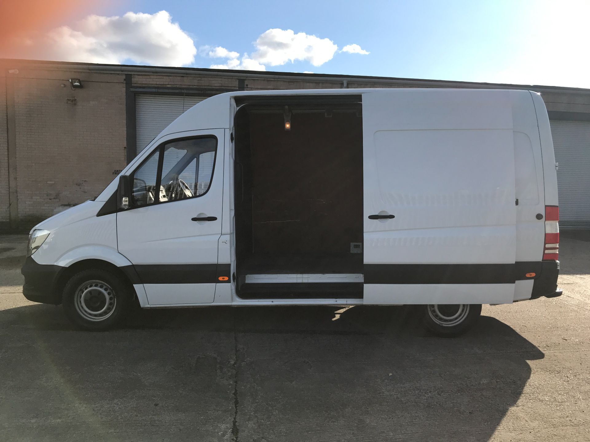 2018 Mercedes-Benz Sprinter 314CDI MWB HIGH ROOF 140PS EURO 6 (KW67XTN) Image 19