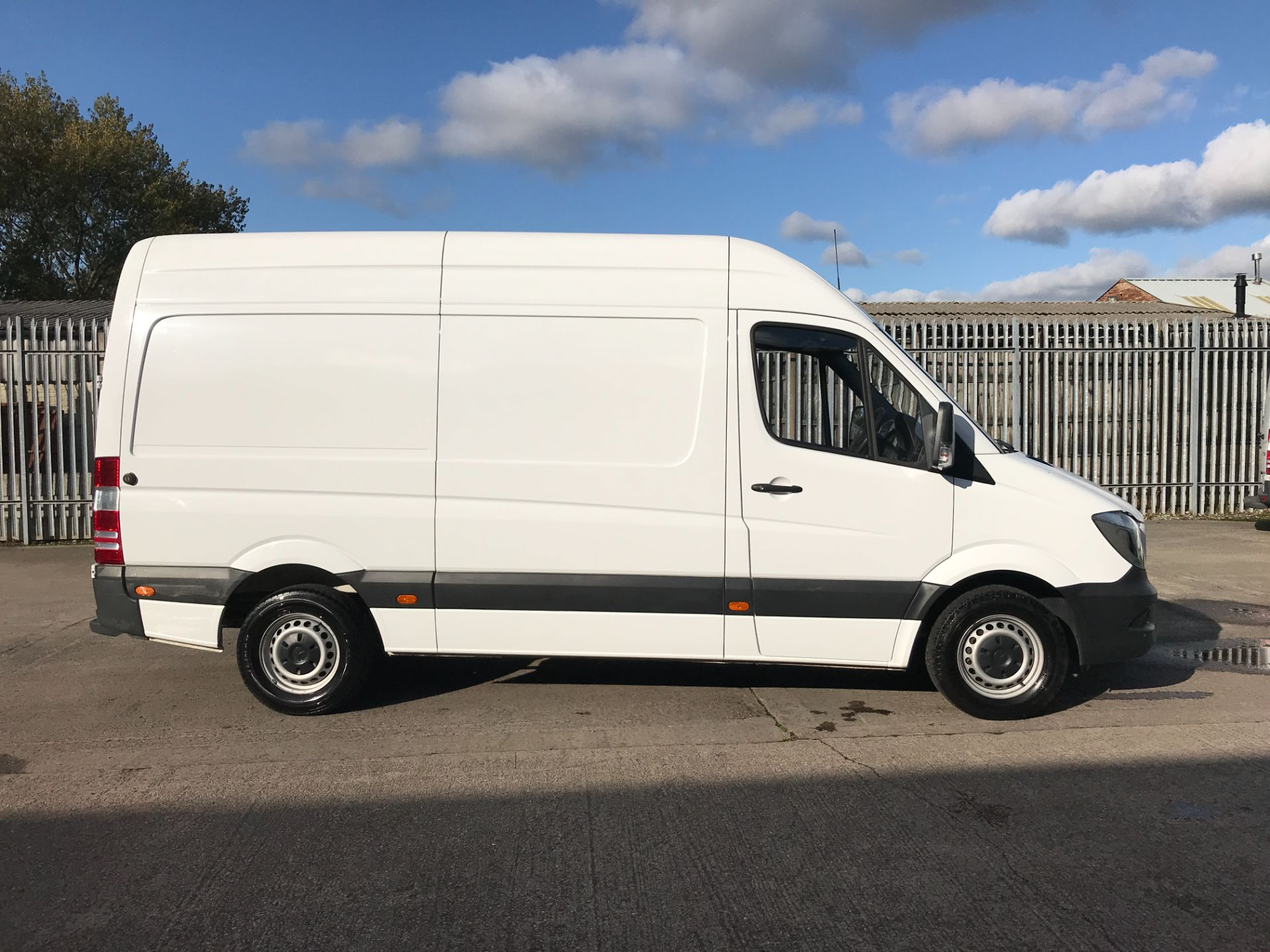 2018 Mercedes-Benz Sprinter 314CDI MWB HIGH ROOF 140PS EURO 6 (KW67XTN) Image 7