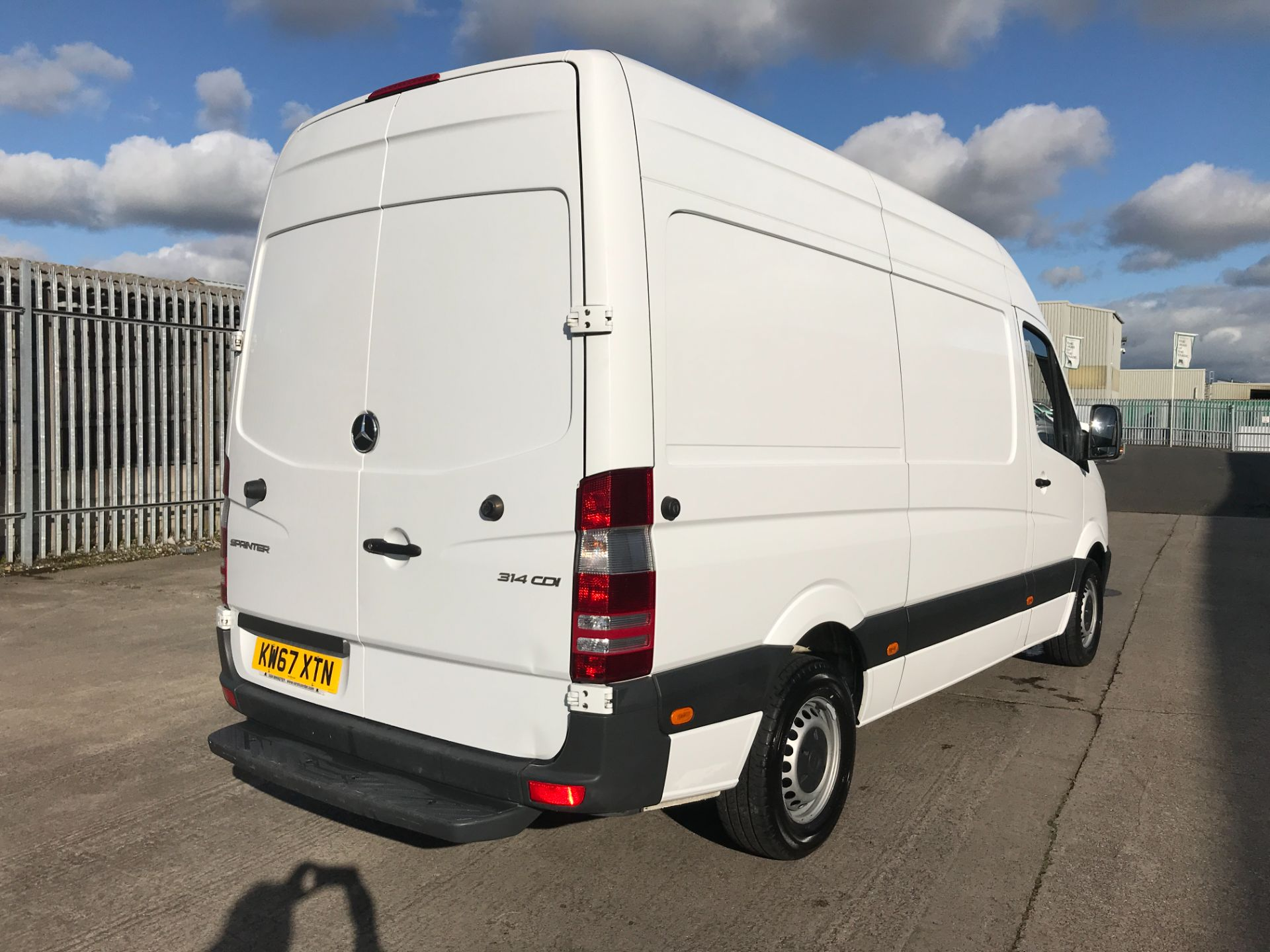 2018 Mercedes-Benz Sprinter 314CDI MWB HIGH ROOF 140PS EURO 6 (KW67XTN) Image 8