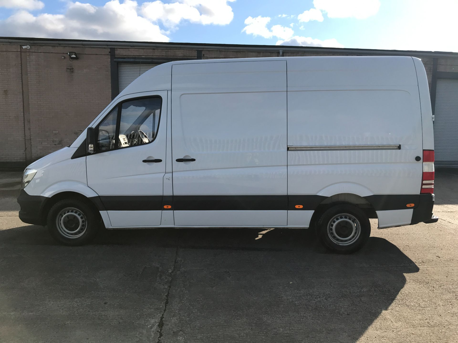 2018 Mercedes-Benz Sprinter 314CDI MWB HIGH ROOF 140PS EURO 6 (KW67XTN) Image 11
