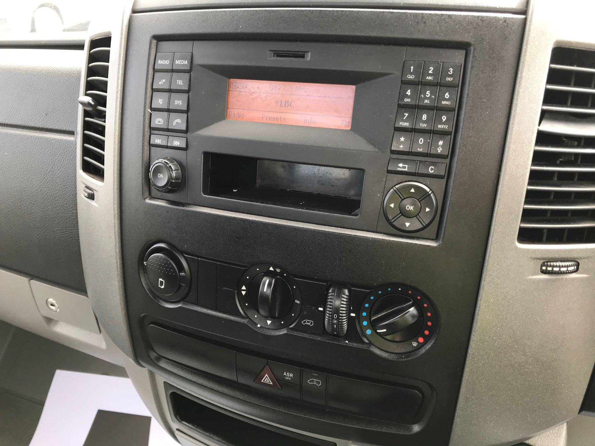 2016 Mercedes-Benz Sprinter  313 LWB DROP SIDE EURO 5  (KX16BWH) Image 24