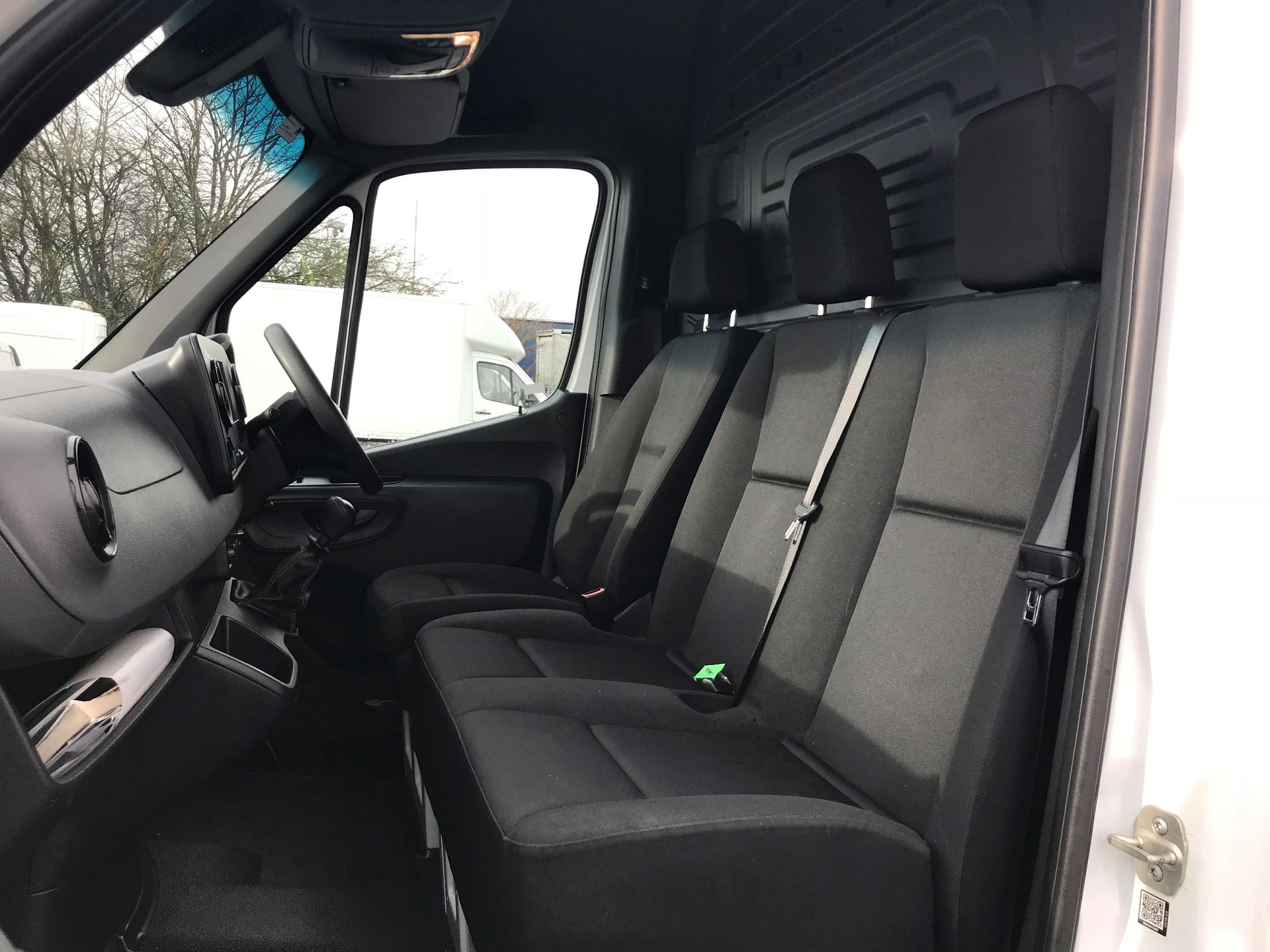 2018 Mercedes-Benz Sprinter 3.5T H2 Van (KX18AGB) Image 14