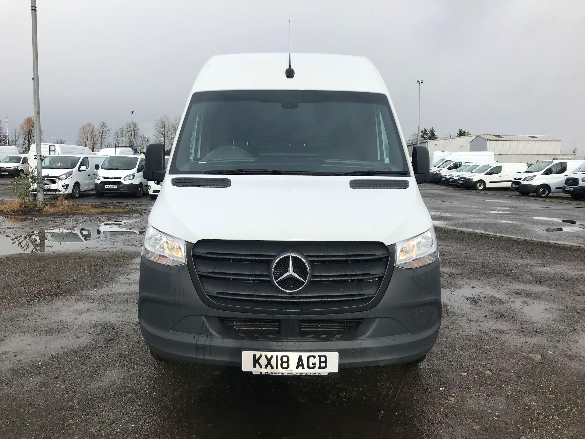 2018 Mercedes-Benz Sprinter 3.5T H2 Van (KX18AGB) Image 2