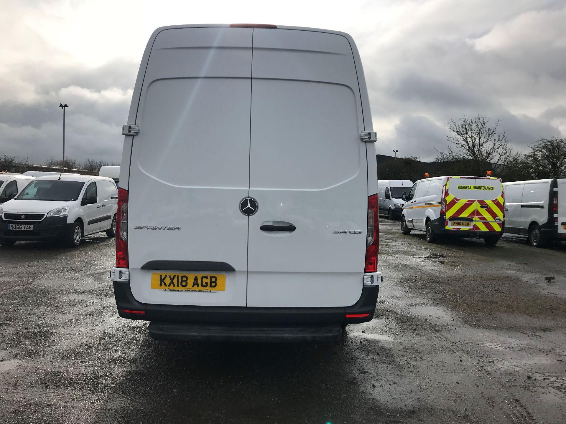 2018 Mercedes-Benz Sprinter 3.5T H2 Van (KX18AGB) Image 5