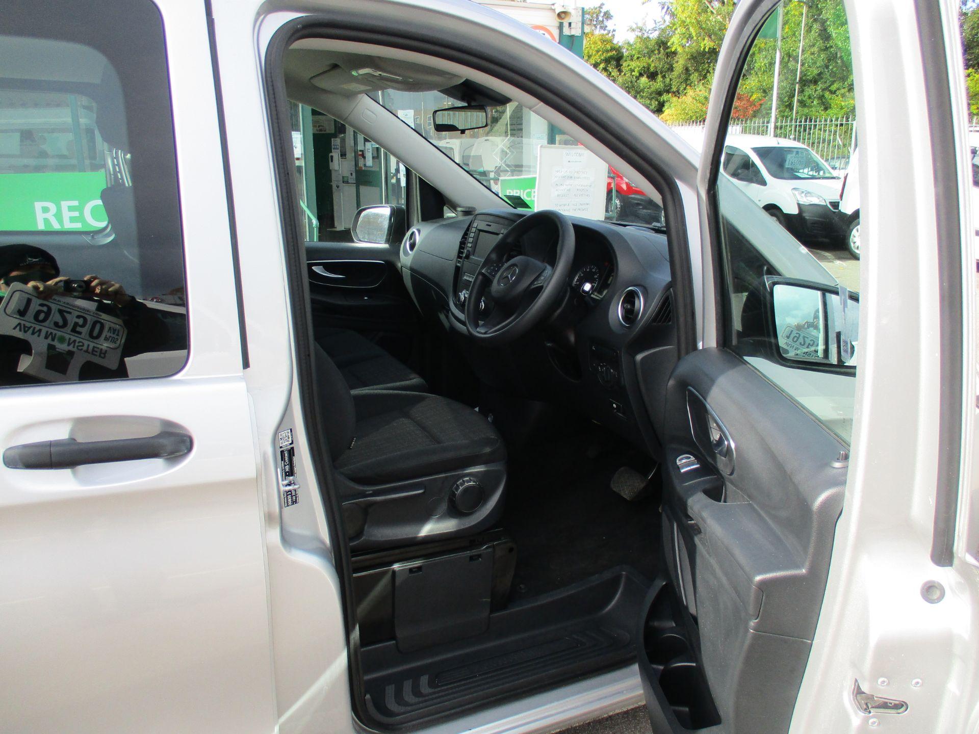 2019 Mercedes-Benz Vito 119 Bluetec Tourer Select 7-Gtronic 9 Seats Euro 6 (KX19RZG) Image 9