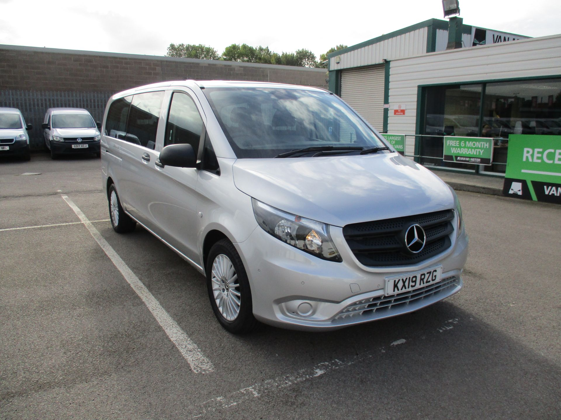 2019 Mercedes-Benz Vito 119 Bluetec Tourer Select 7-Gtronic 9 Seats Euro 6 (KX19RZG)