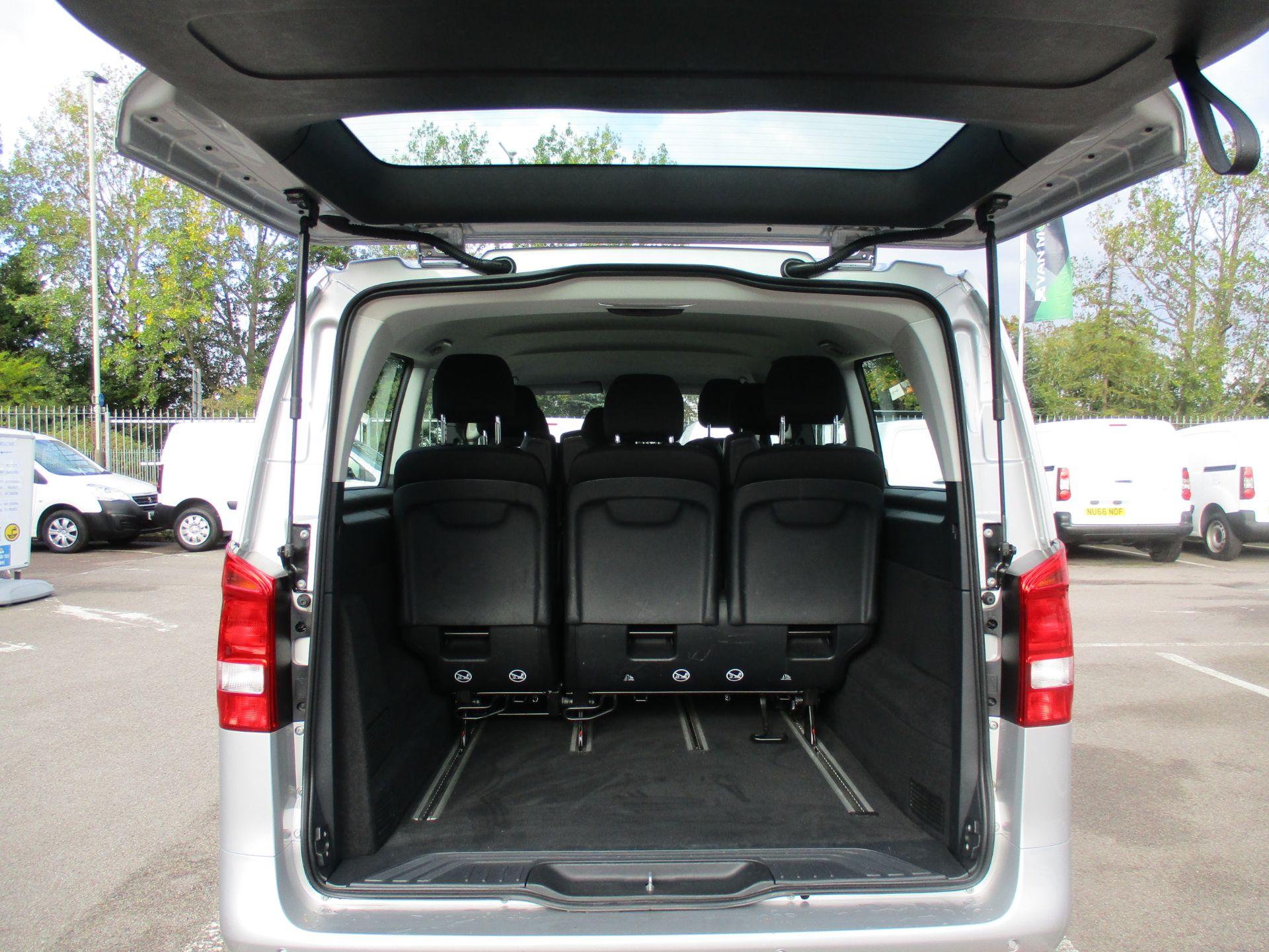 2019 Mercedes-Benz Vito 119 Bluetec Tourer Select 7-Gtronic 9 Seats Euro 6 (KX19RZG) Image 15