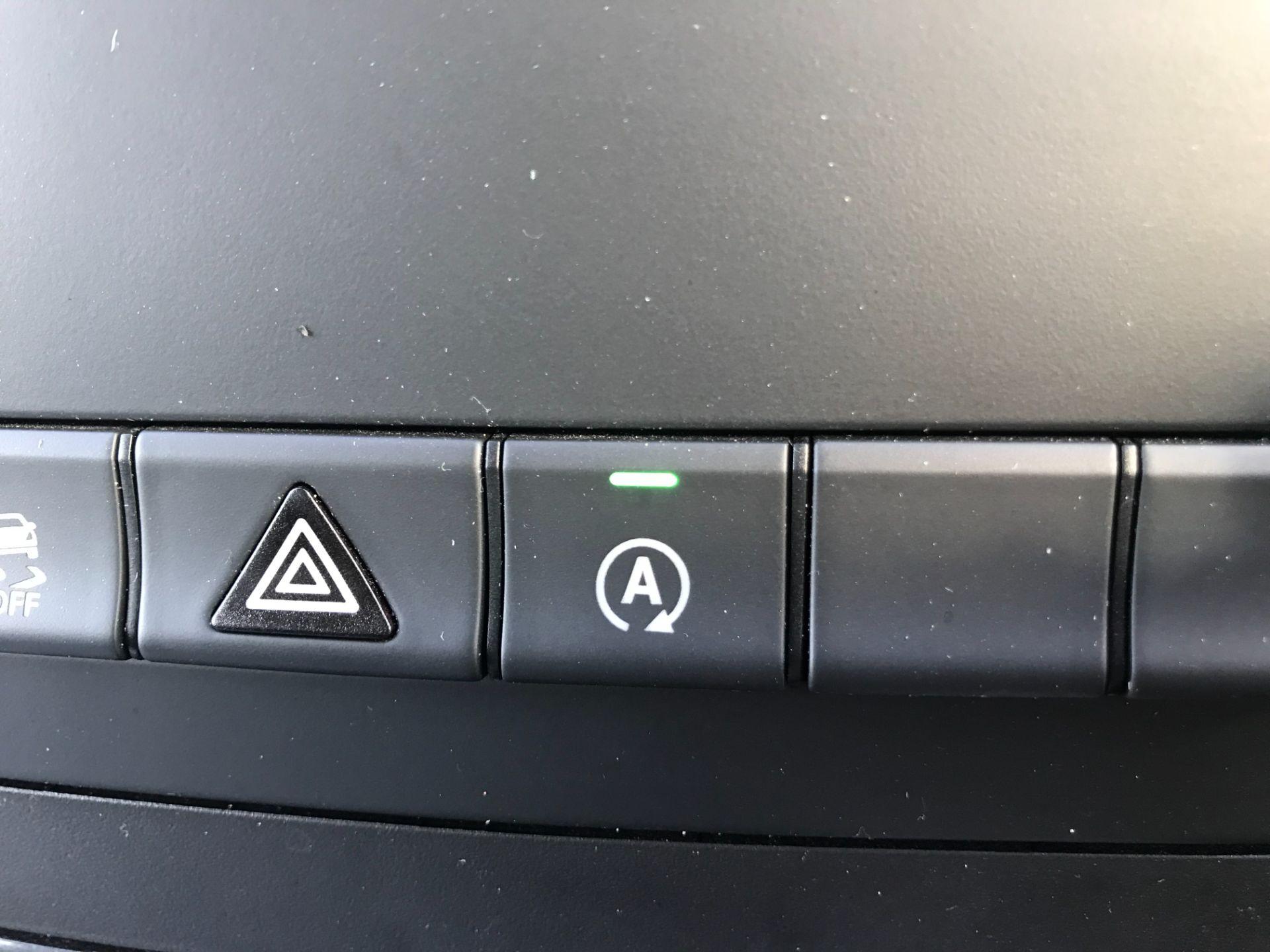 2019 Mercedes-Benz Vito 119 Cdi Select 8-Seater 7G-Tronic (KX19RZK) Image 27