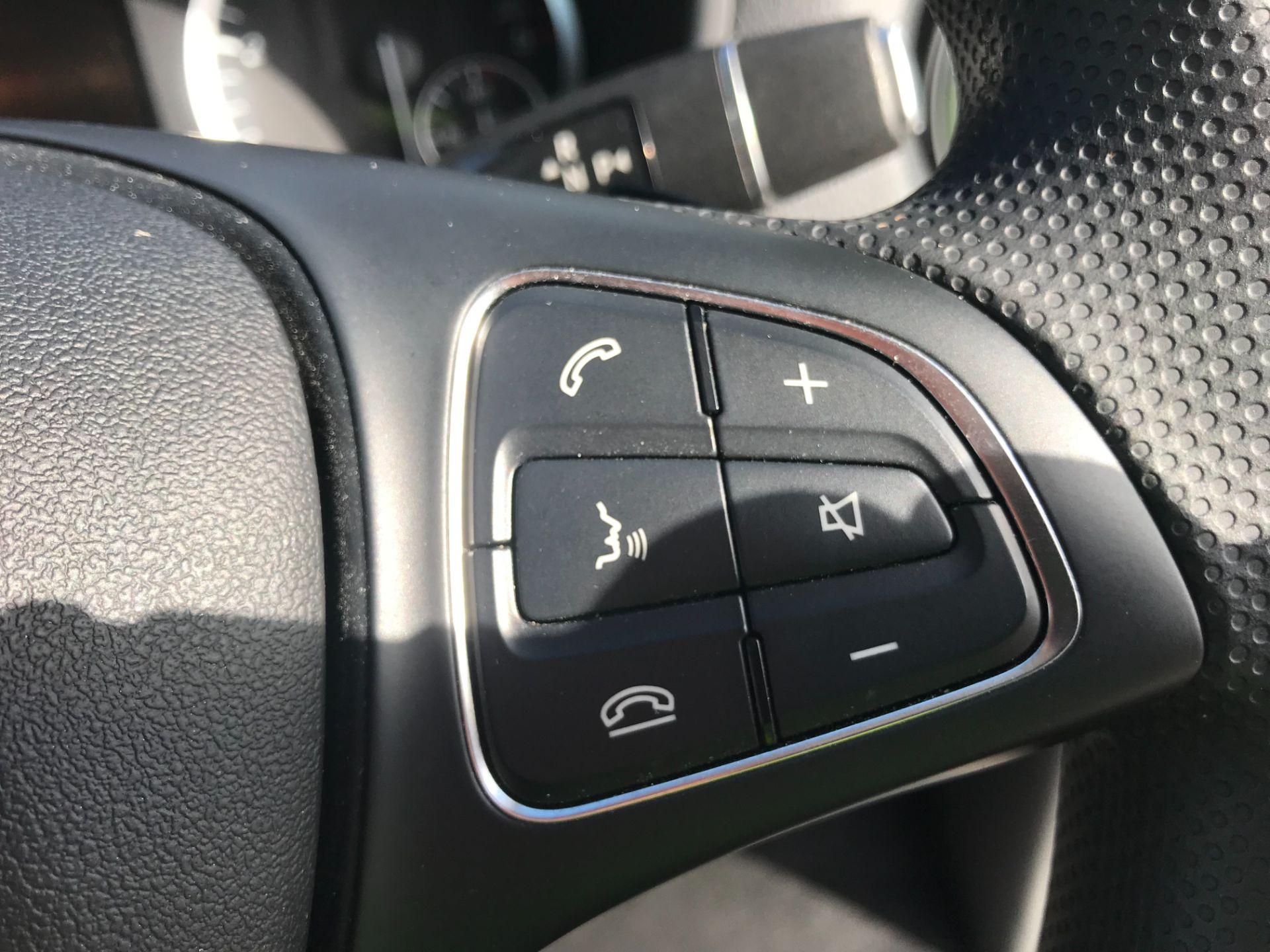 2019 Mercedes-Benz Vito 119 Cdi Select 8-Seater 7G-Tronic (KX19RZK) Image 24
