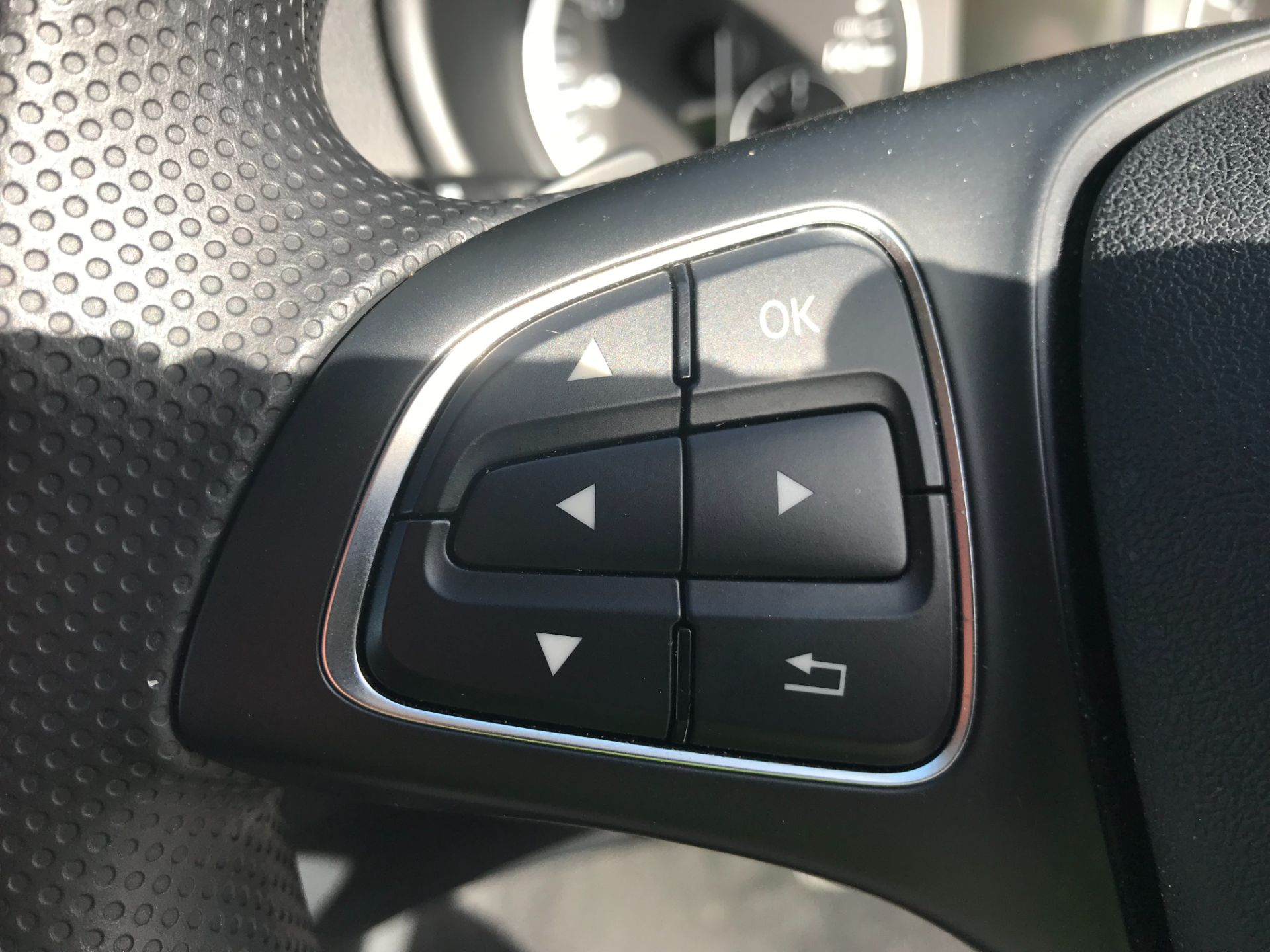 2019 Mercedes-Benz Vito 119 Cdi Select 8-Seater 7G-Tronic (KX19RZK) Image 23